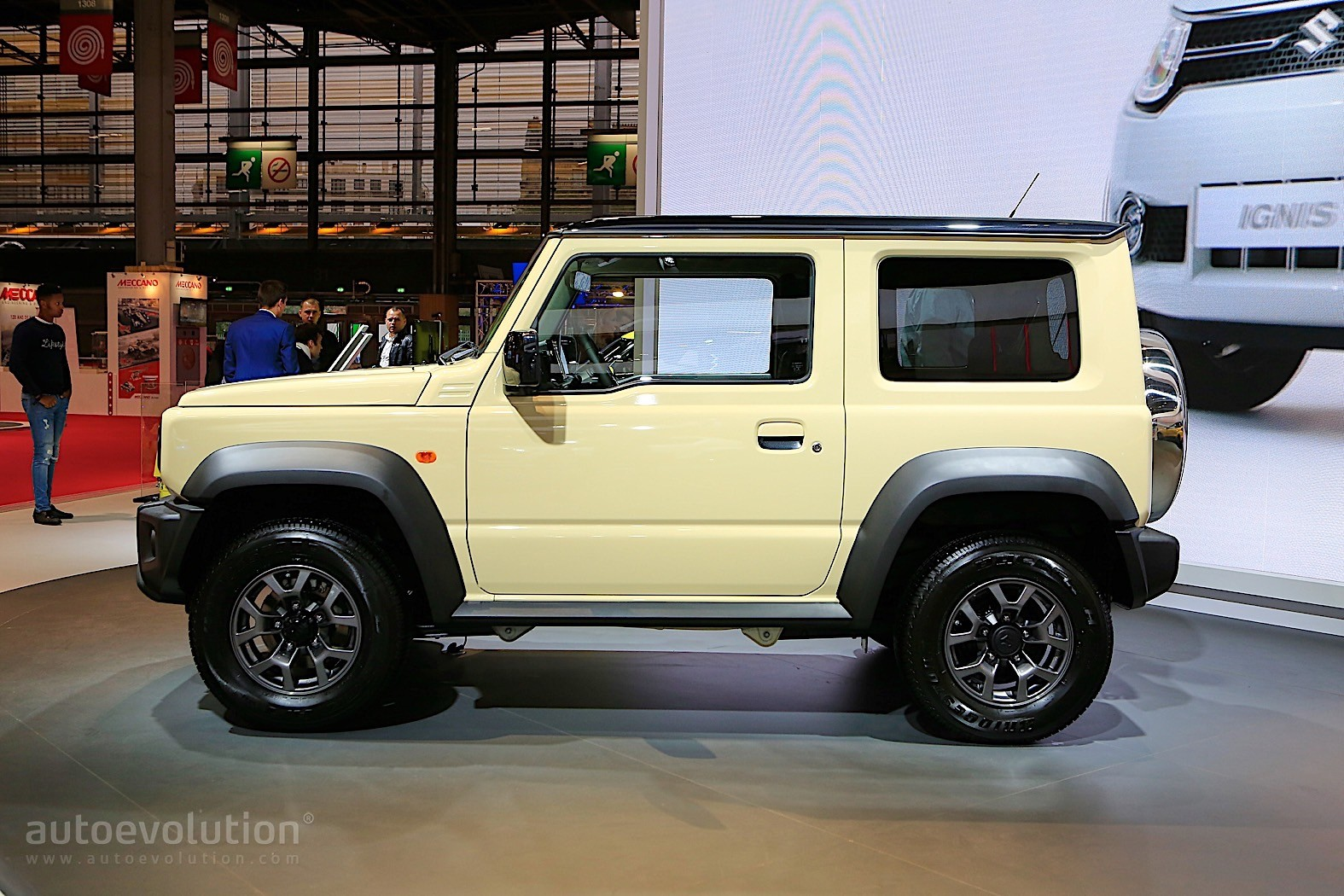 Suzuki Jimny New Generation >> 2019 Suzuki Jimny is Out for SUV Blood in Paris - autoevolution
