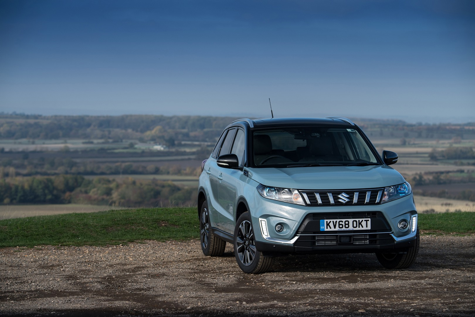 2019 Suzuki Vitara Launched in the UK from £16,999, Unveils Ice Greyish Blue - autoevolution