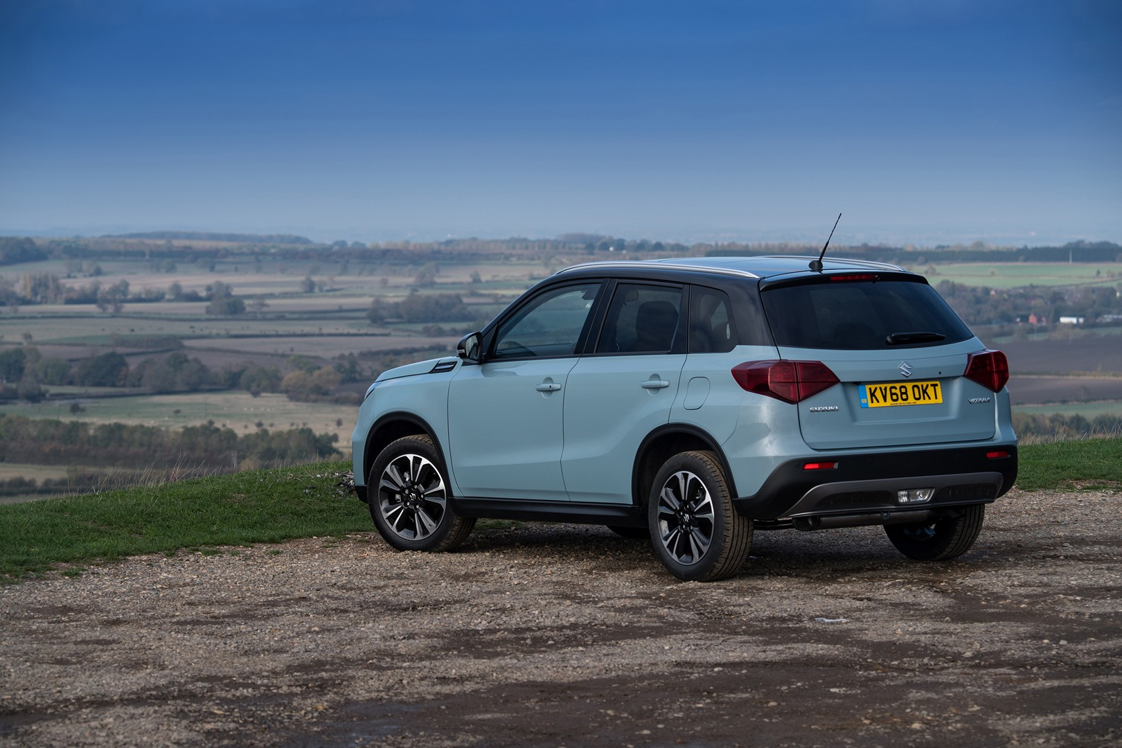 2019 suzuki vitara launched in the uk from 16 999. Black Bedroom Furniture Sets. Home Design Ideas