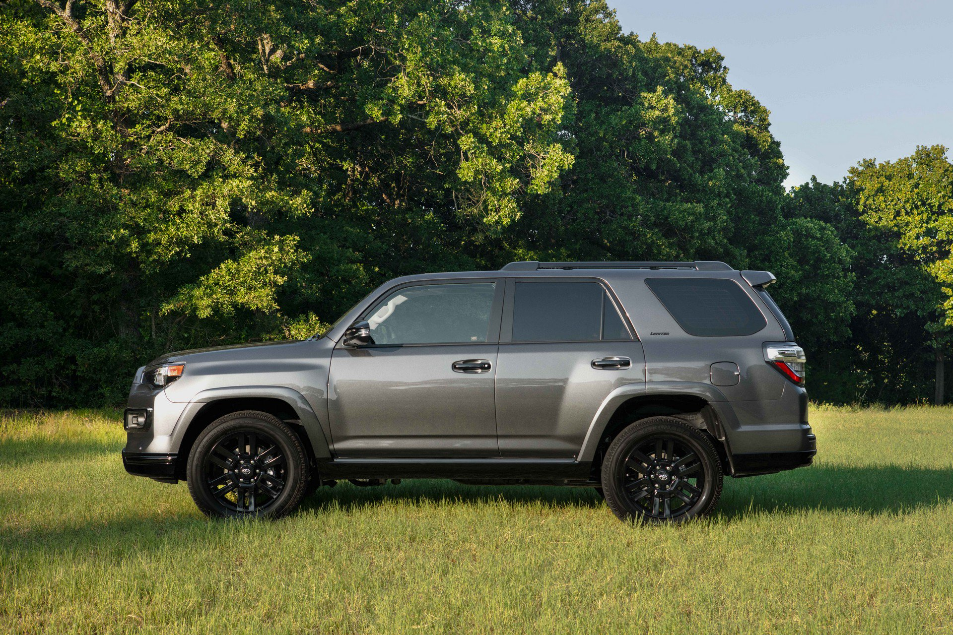 2019 Toyota 4Runner Welcomes Nightshade Edition, TRD Pro ...