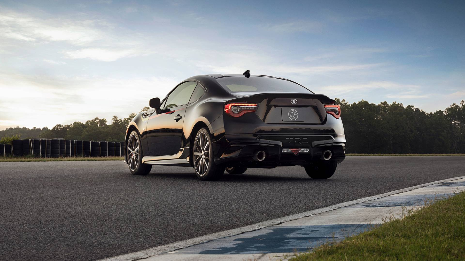 Michelin Pilot Sport >> 2019 Toyota 86 Adds TRD Special Edition to the U.S. Lineup ...