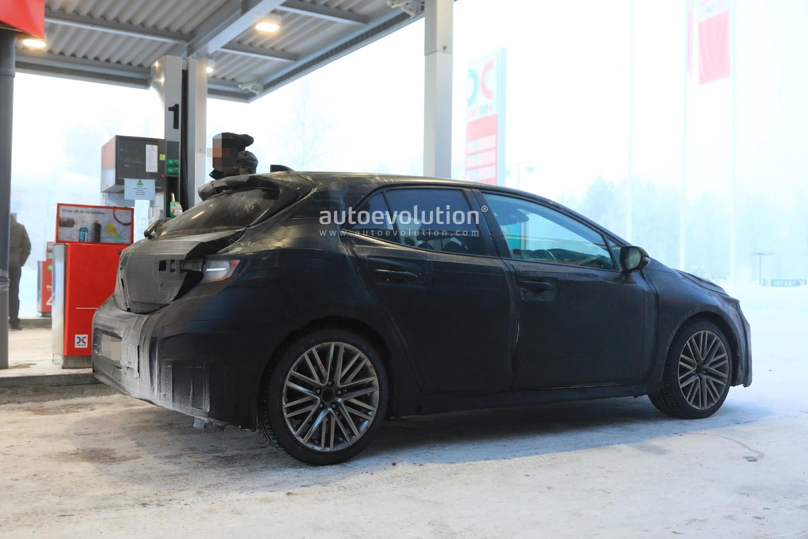 2019 Toyota Auris Reveals New Interior And Angular Design In Latest Spyshots Autoevolution