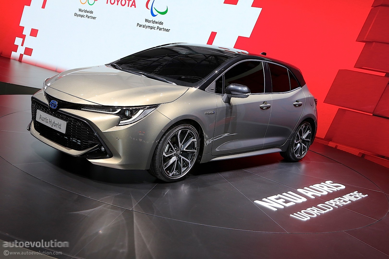 is the toyota auris grmn a corolla hot hatch waiting to happen autoevolution. Black Bedroom Furniture Sets. Home Design Ideas