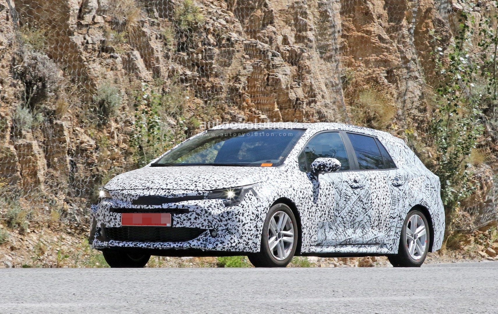 2019 Toyota Auris Wagon Spied The Practical Corolla Testing In