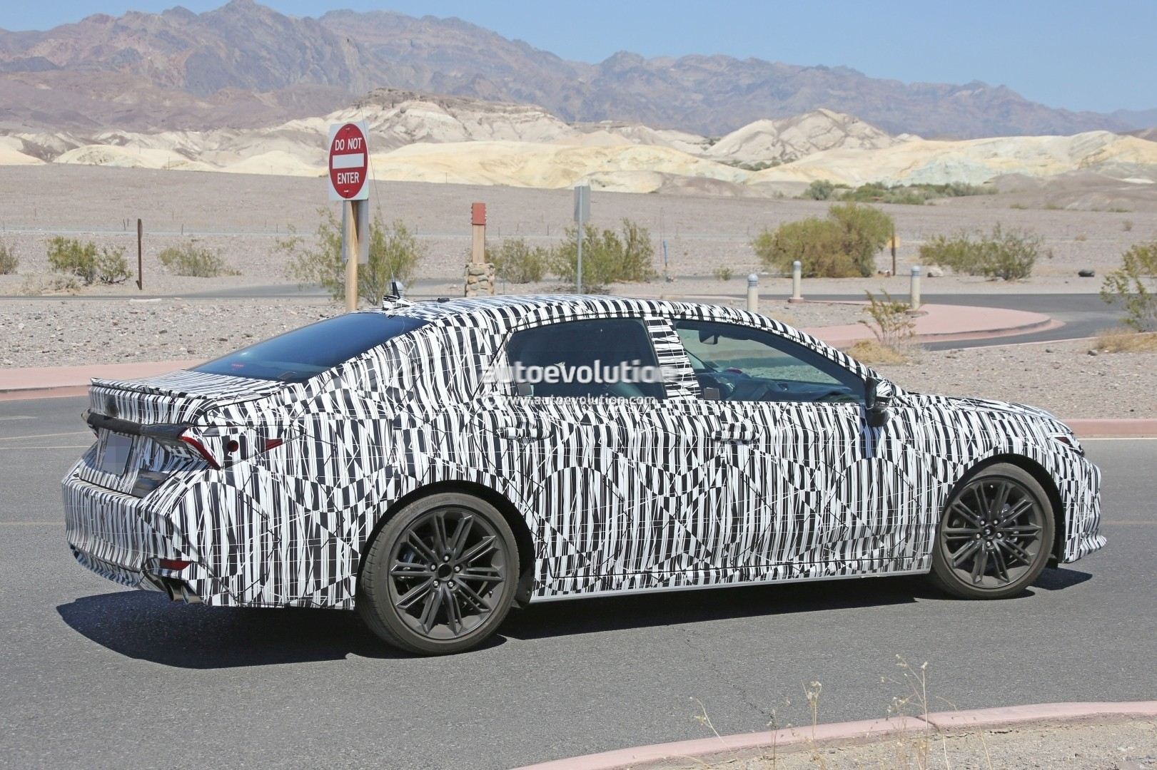 2019 Toyota Avalon Spied For the First Time, Expect a ...