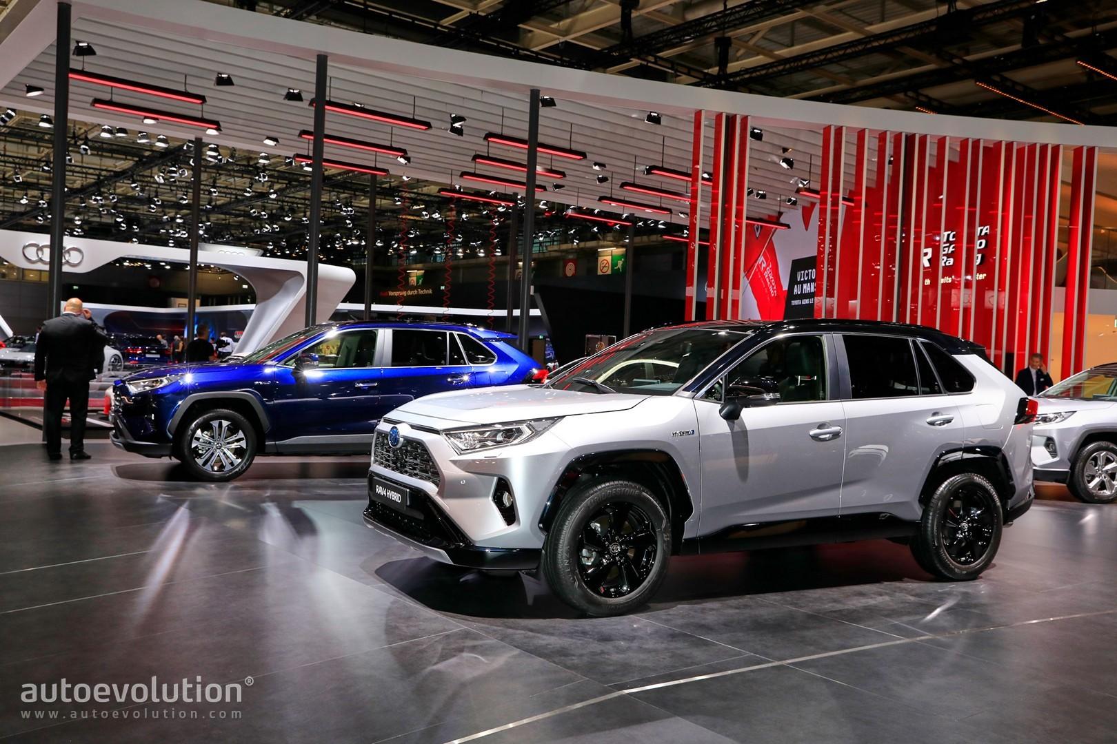 Toyota Rav4 2018 Hybrid >> 2019 Toyota RAV4 Makes Hybrid Production Debut in Paris - autoevolution