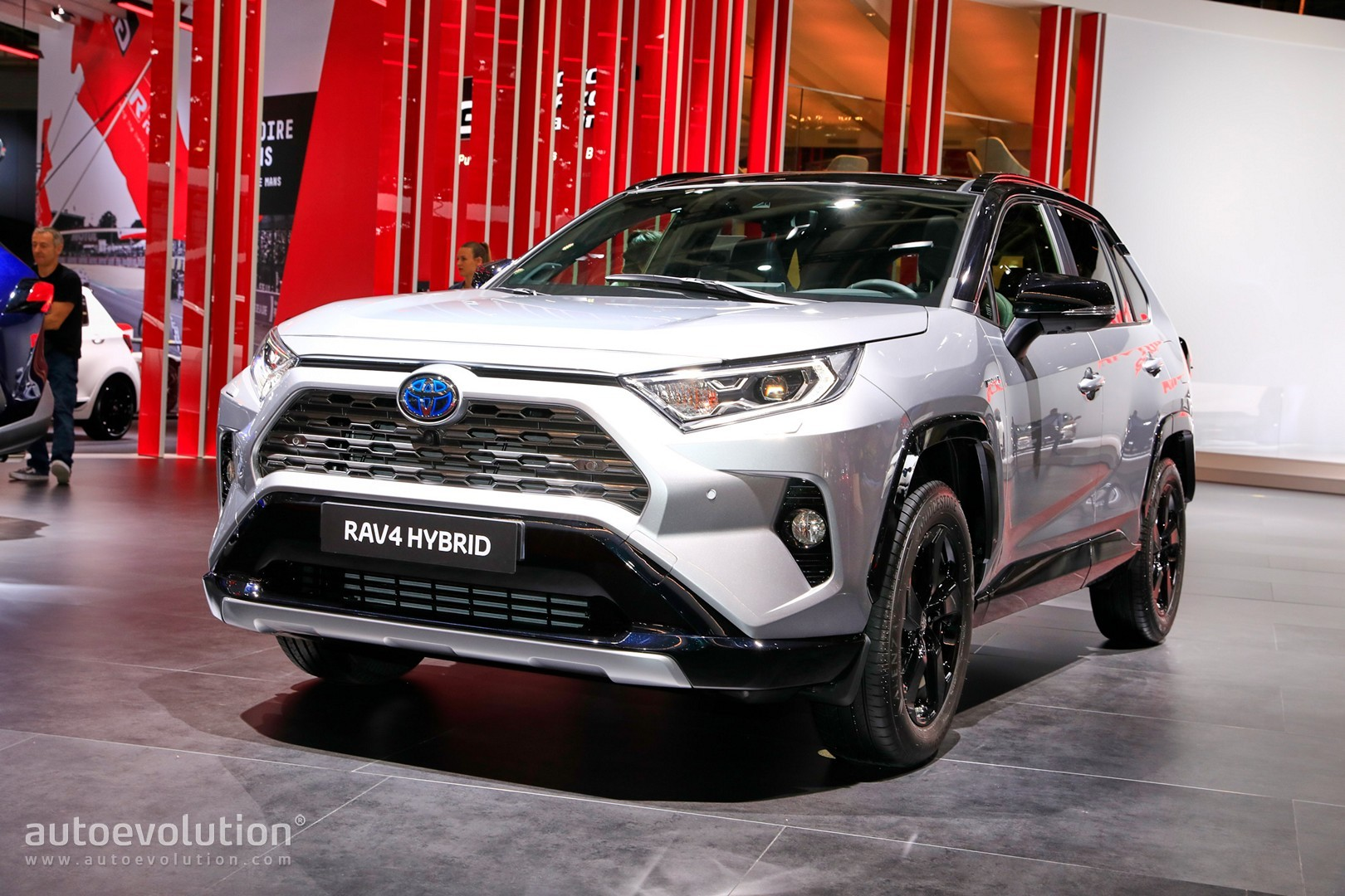 2019 toyota rav4 makes hybrid production debut in paris autoevolution. Black Bedroom Furniture Sets. Home Design Ideas