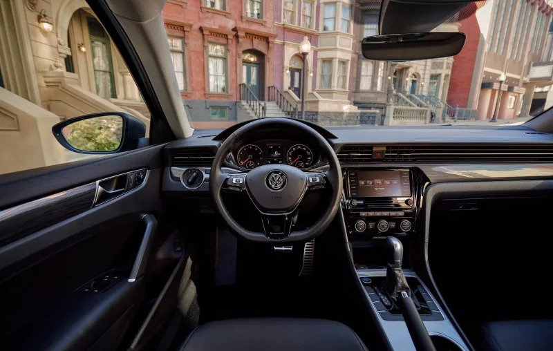 Volkswagen Passat refresh focuses on style