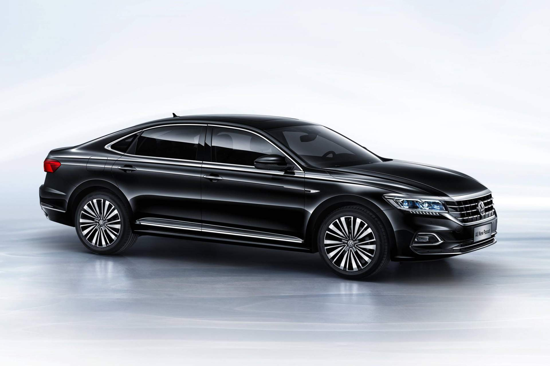 2019 volkswagen passat revealed in china previews u s model autoevolution. Black Bedroom Furniture Sets. Home Design Ideas