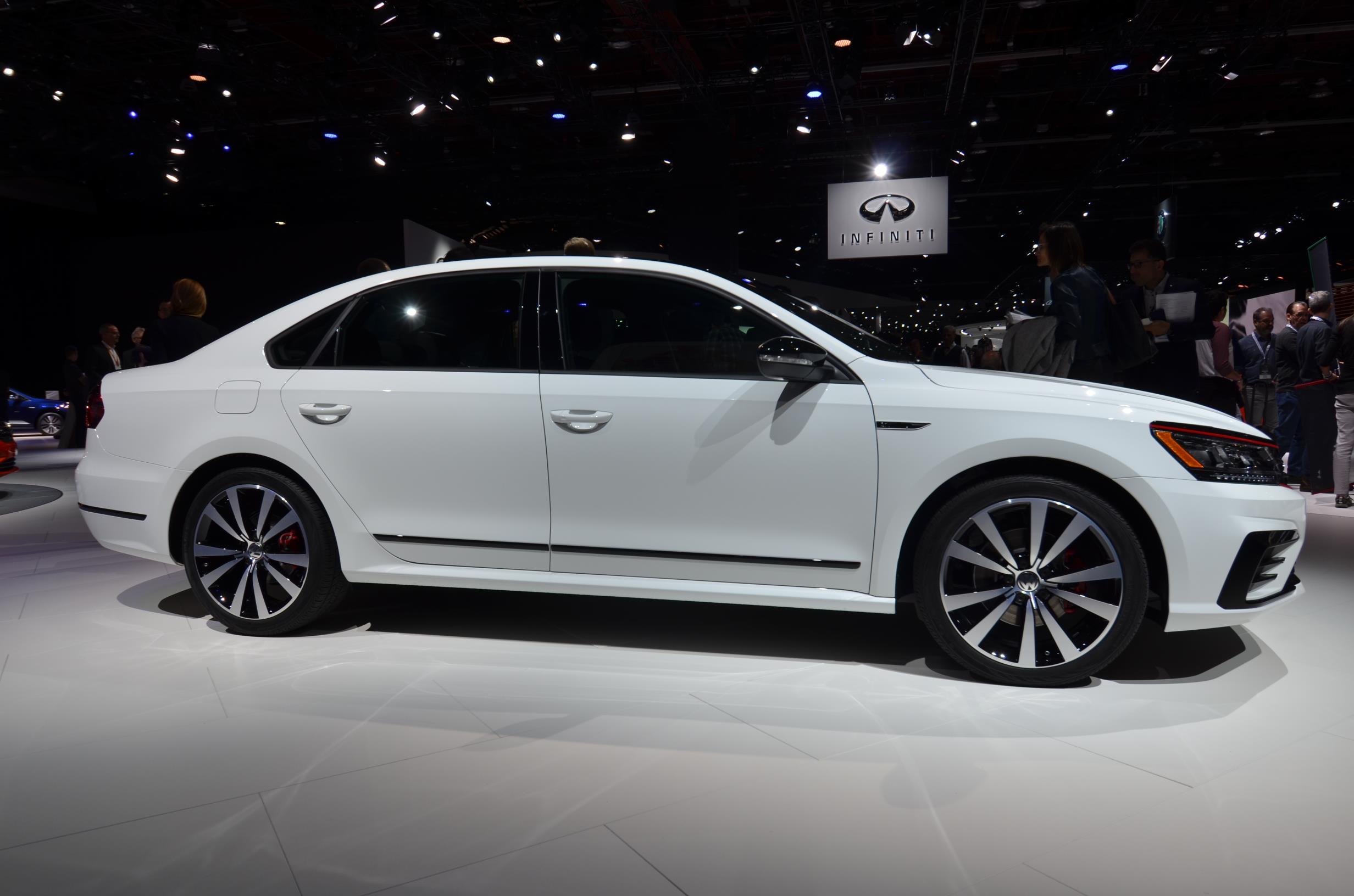 2019 Volkswagen U.S. Lineup Sees Passat Price Go Up By ...