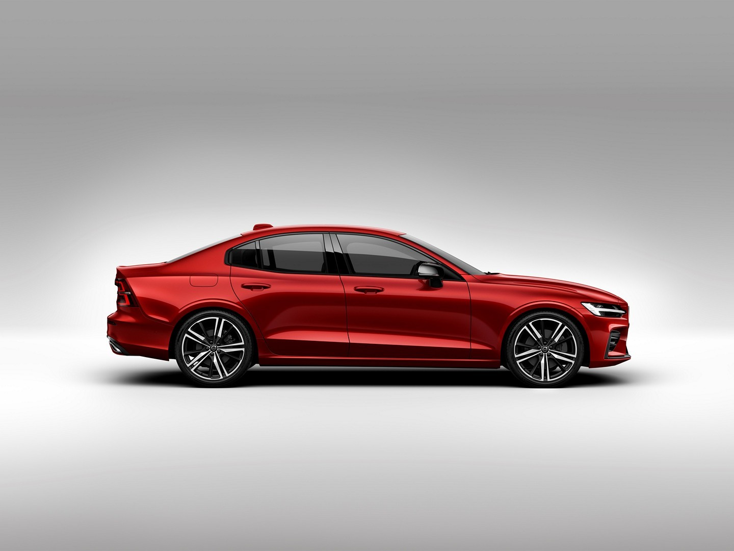 2019 volvo s60 u s  configurator goes online  old model lives on as s60 classic