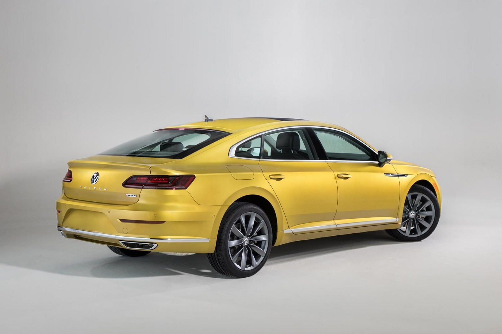 2018 Gti Release >> 2019 VW Arteon Flagship Sedan Launched in Chicago - autoevolution