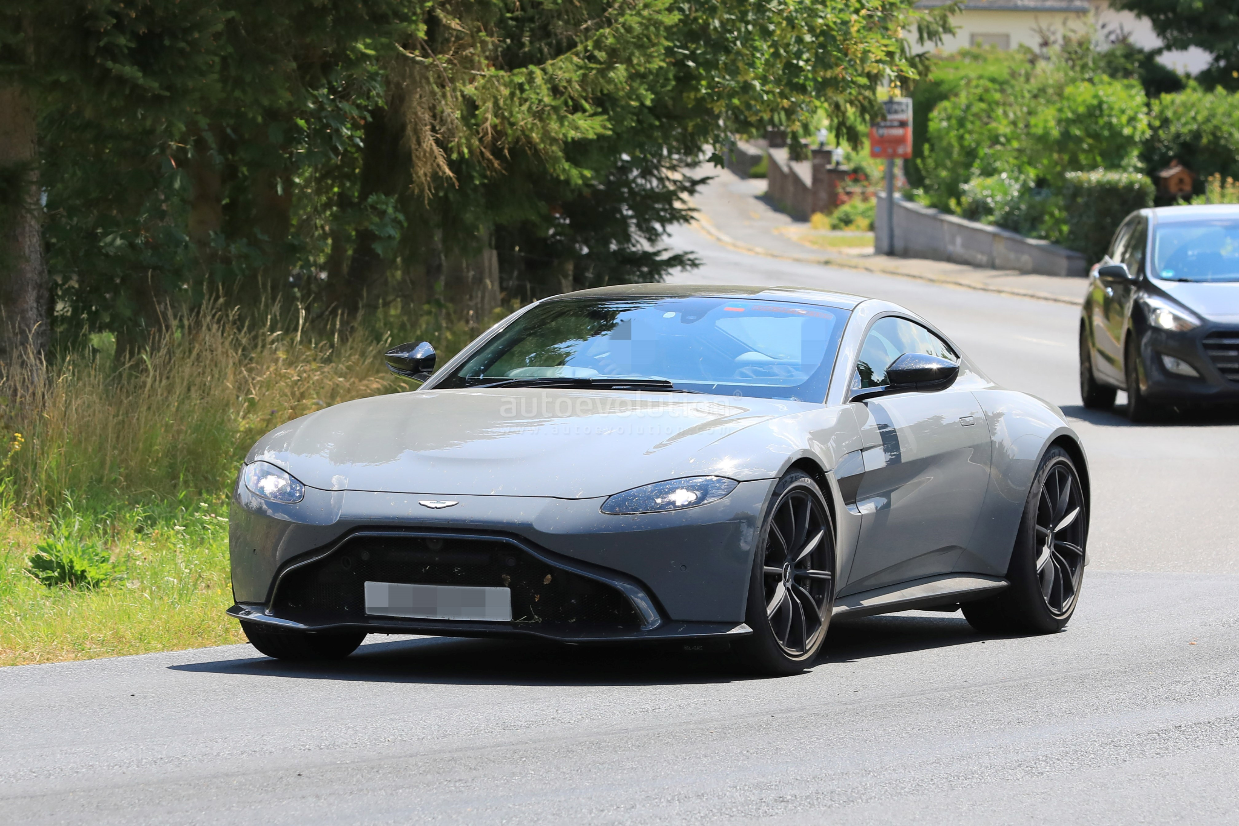 2020 Aston Martin V8 Vantage S Test Mule Spied Near the ...