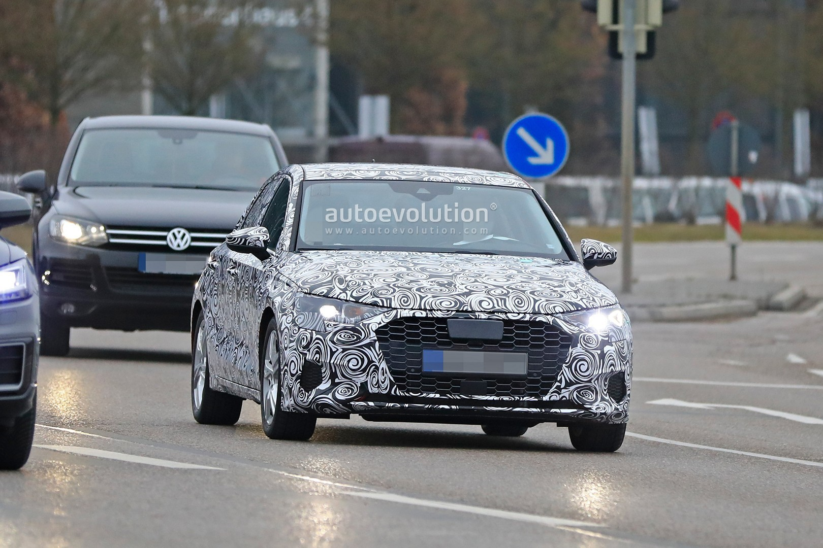 [Imagen: 2020-audi-a3-spied-in-detail-on-the-road...tion_7.jpg]