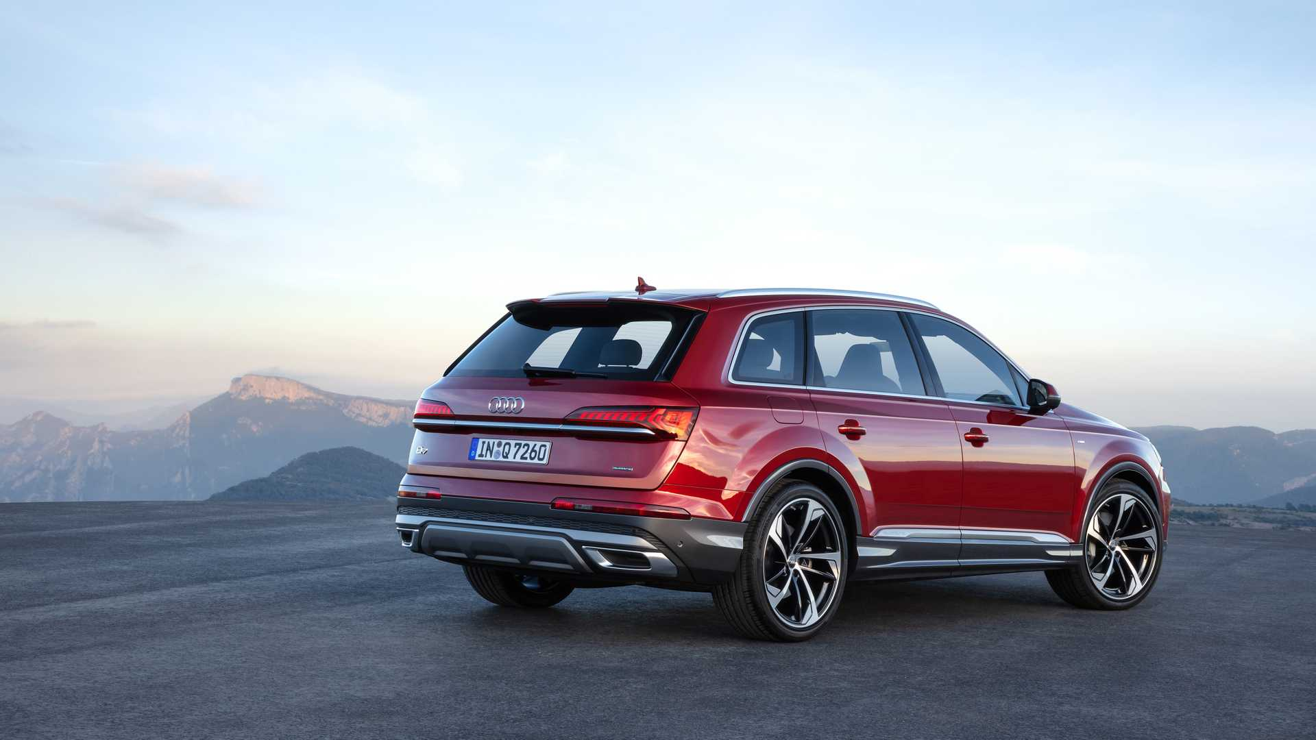 Audi Suv Models >> 2020 Audi Q7 Facelift Looks Way More Rugged, Borrows ...