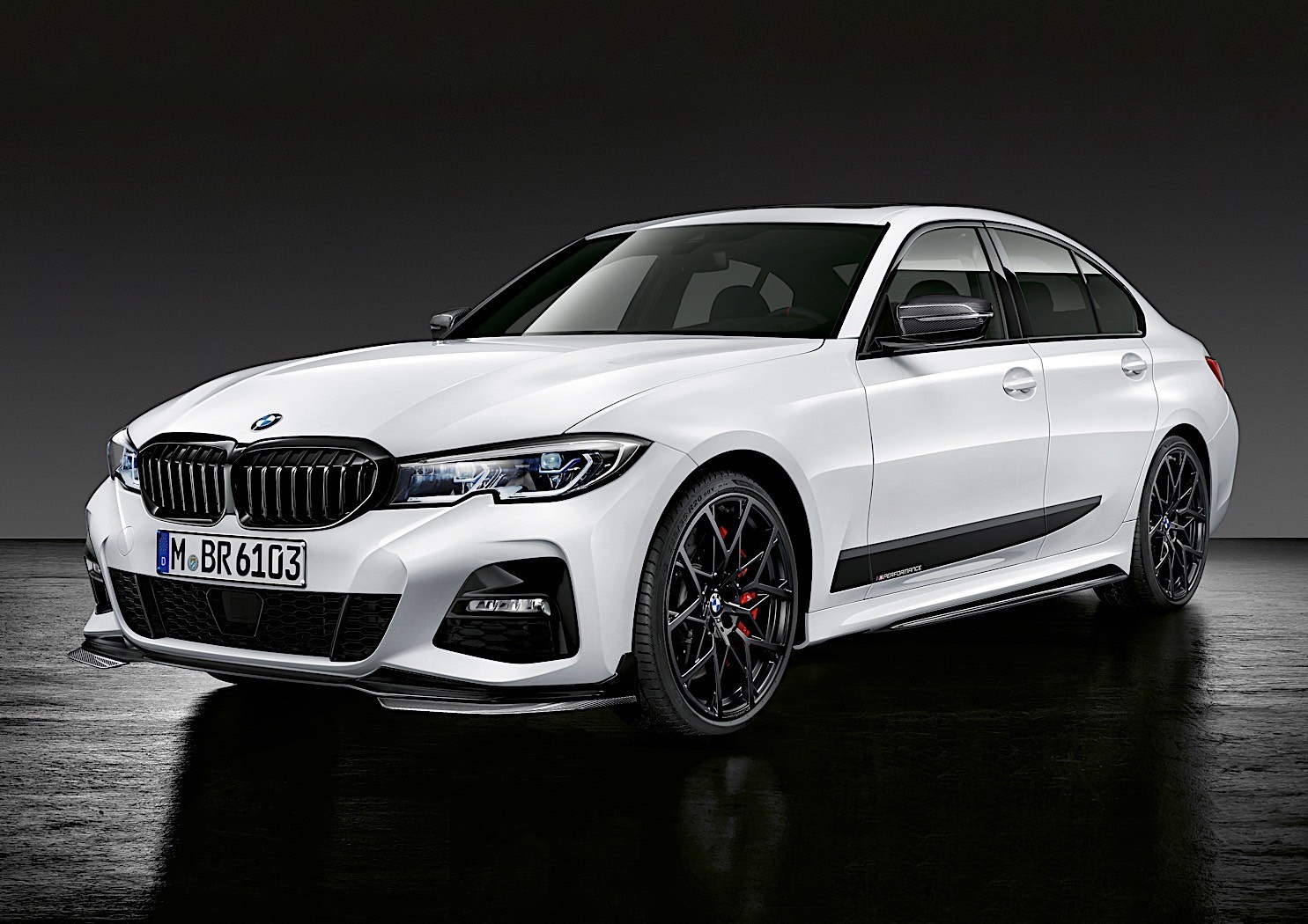 2020 bmw 3 series m performance parts take the sedan to an even higher level autoevolution. Black Bedroom Furniture Sets. Home Design Ideas
