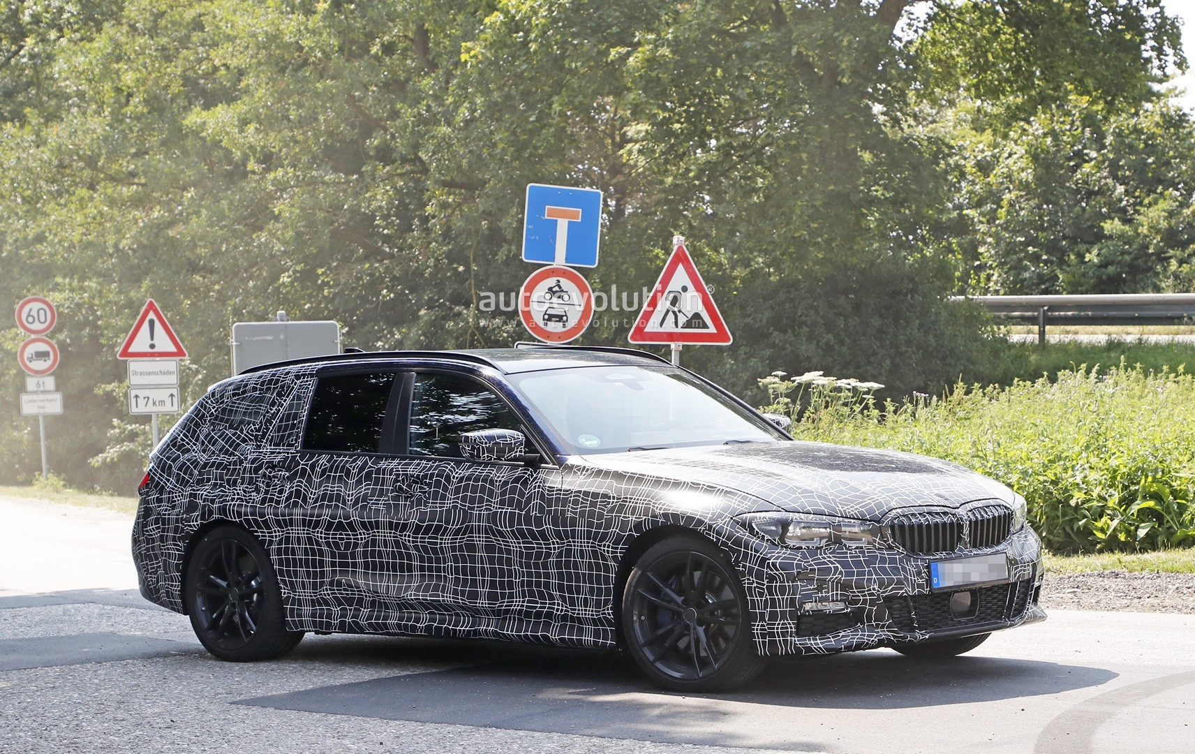 2020 Bmw 3 Series Touring Looks Excellent Interior Spied As Well Autoevolution