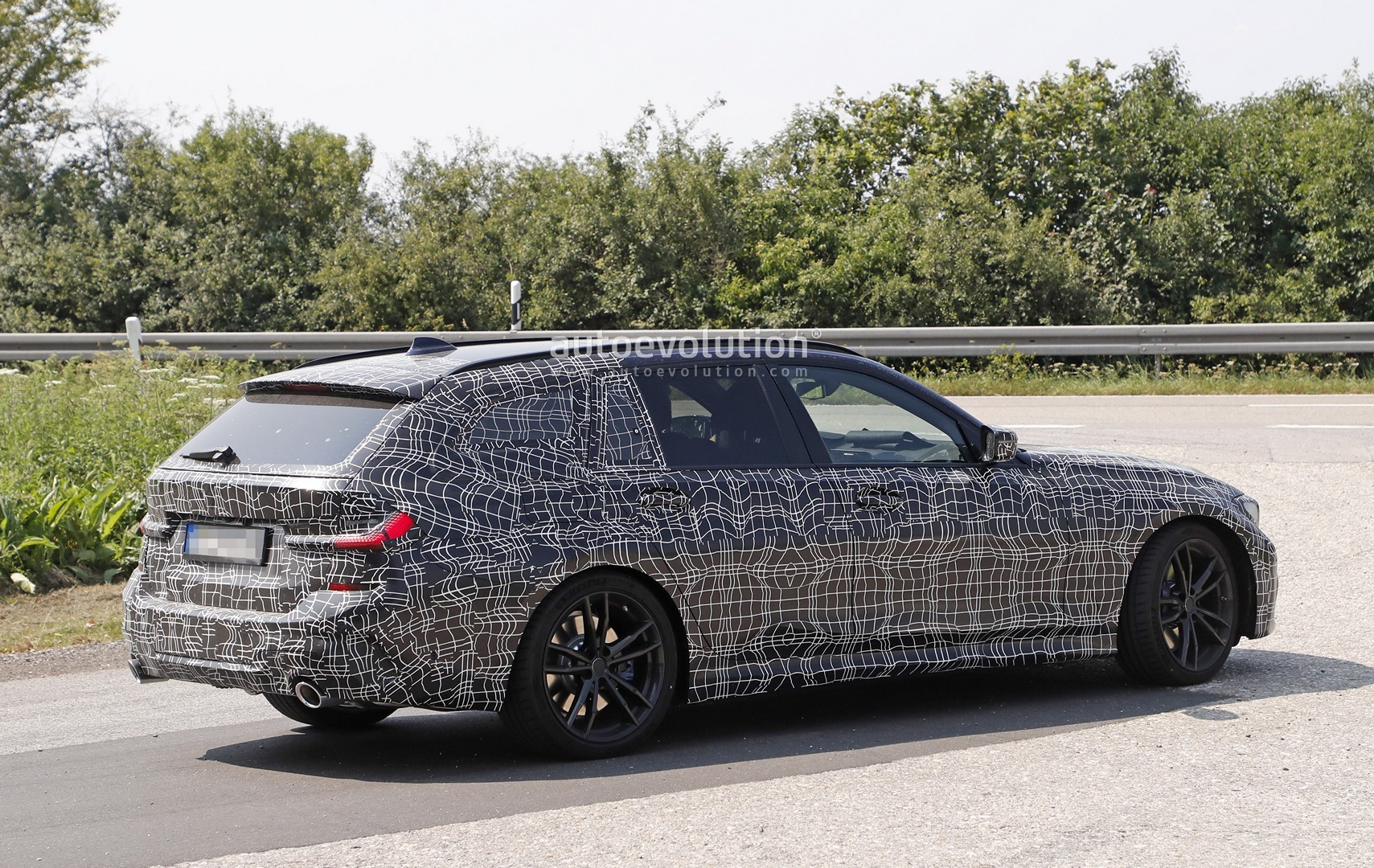 2020 bmw 3 series touring looks excellent interior spied as well 2020 Mustang GT 2020 bmw 3 series touring looks excellent interior spied as well