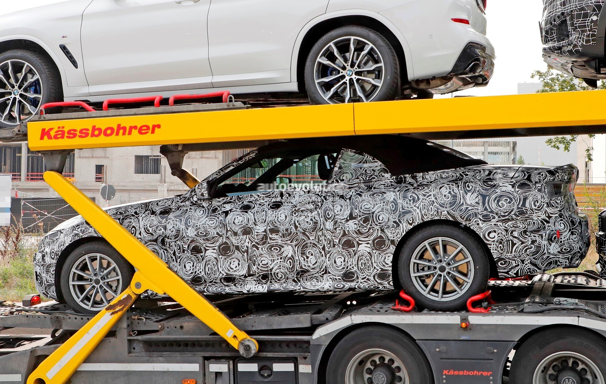 2020 BMW 4 Series Convertible (G22) Spied Flaunting Soft ...