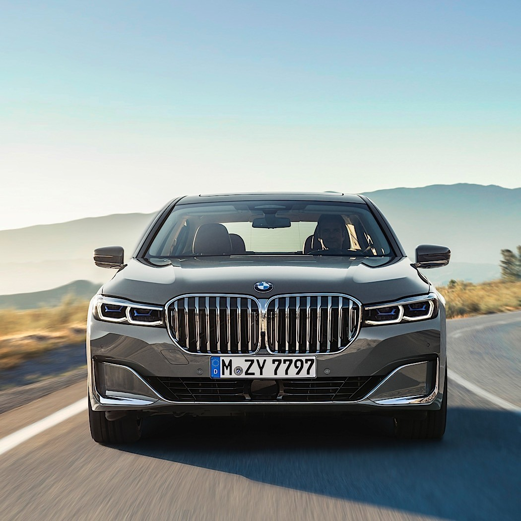 Bmw X7 2018: Official: 2020 BMW 7 Series Has More Tech, More Power And