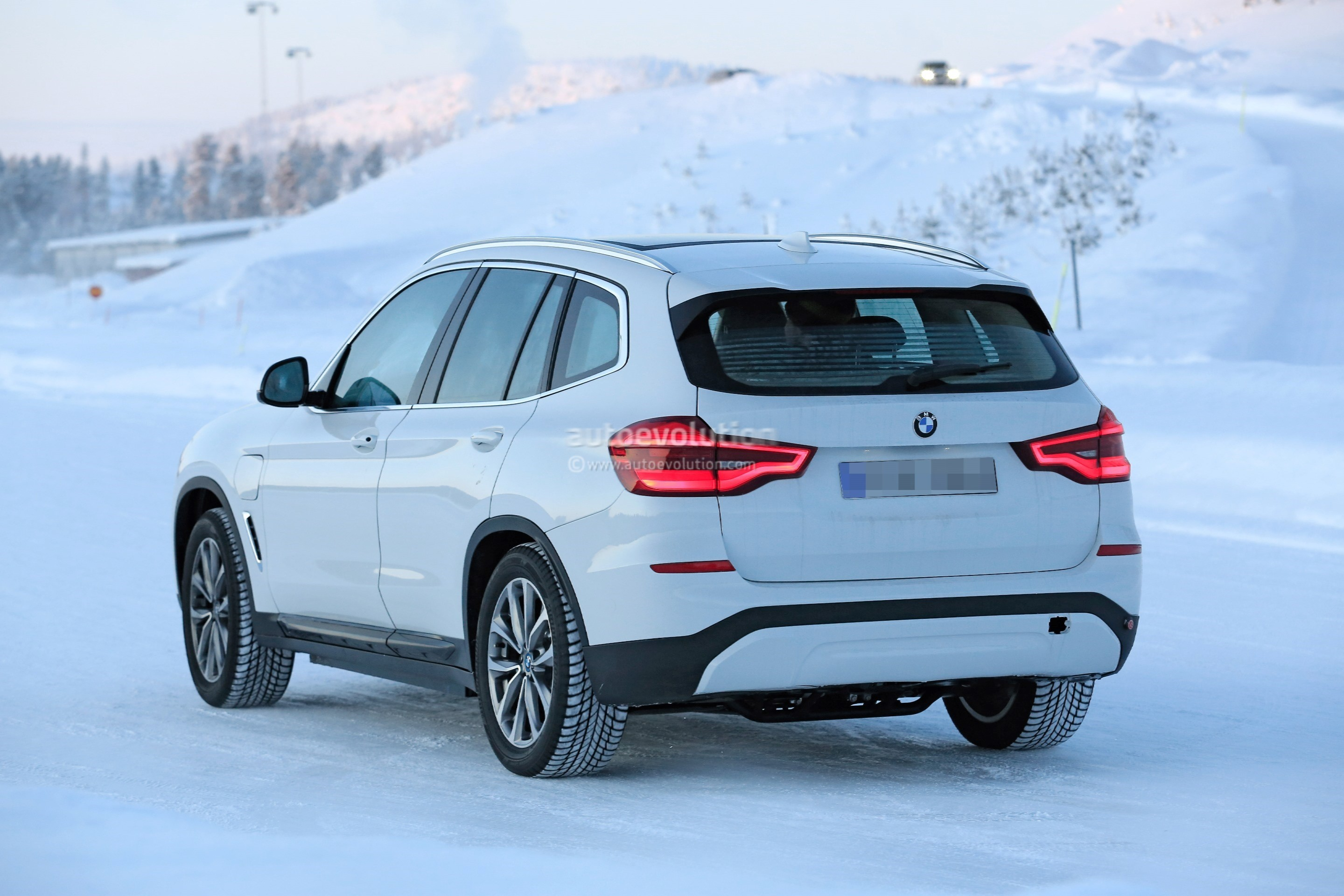 2020 bmw ix3 and x3 phev spied cold weather testing. Black Bedroom Furniture Sets. Home Design Ideas