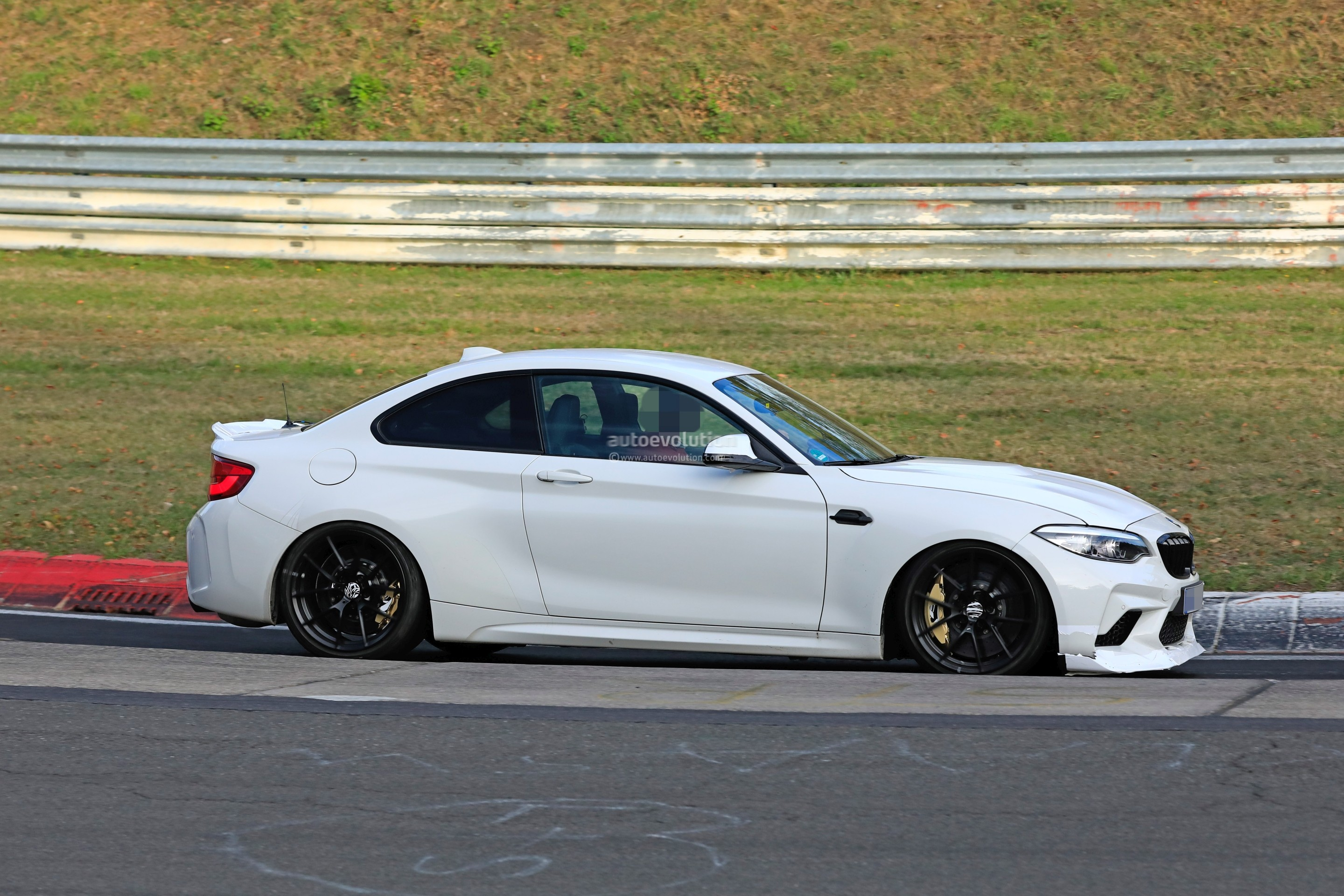 2020 Bmw M2 Cs Spotted On Nurburgring Shows New Rear Spoiler Autoevolution