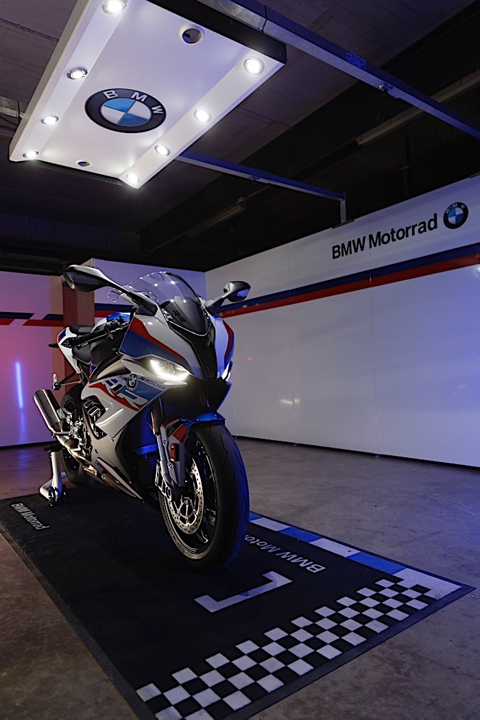 2020 bmw s 1000 rr revealed with new engine and m performance parts