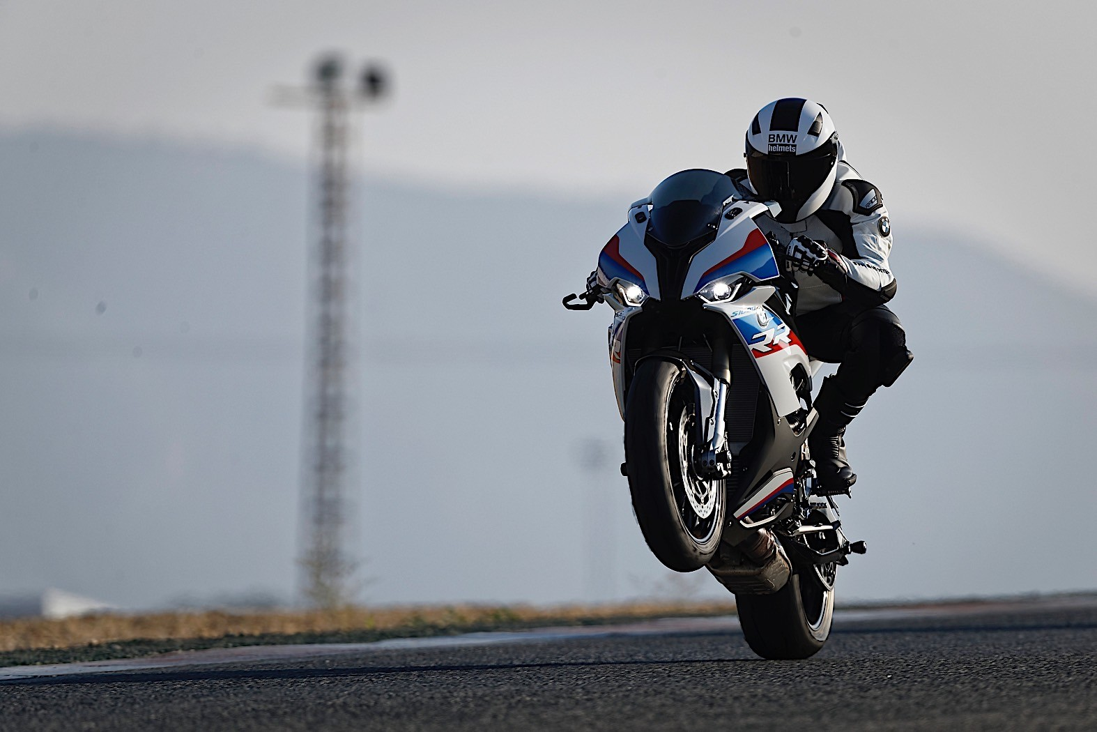 3af8931e 2020 BMW S 1000 RR Revealed with New Engine and M Performance Parts ...