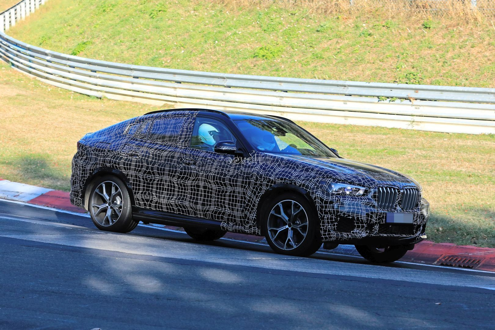 2020 Bmw X6 Laps Nurburgring Prototype Reveals Sharper Look