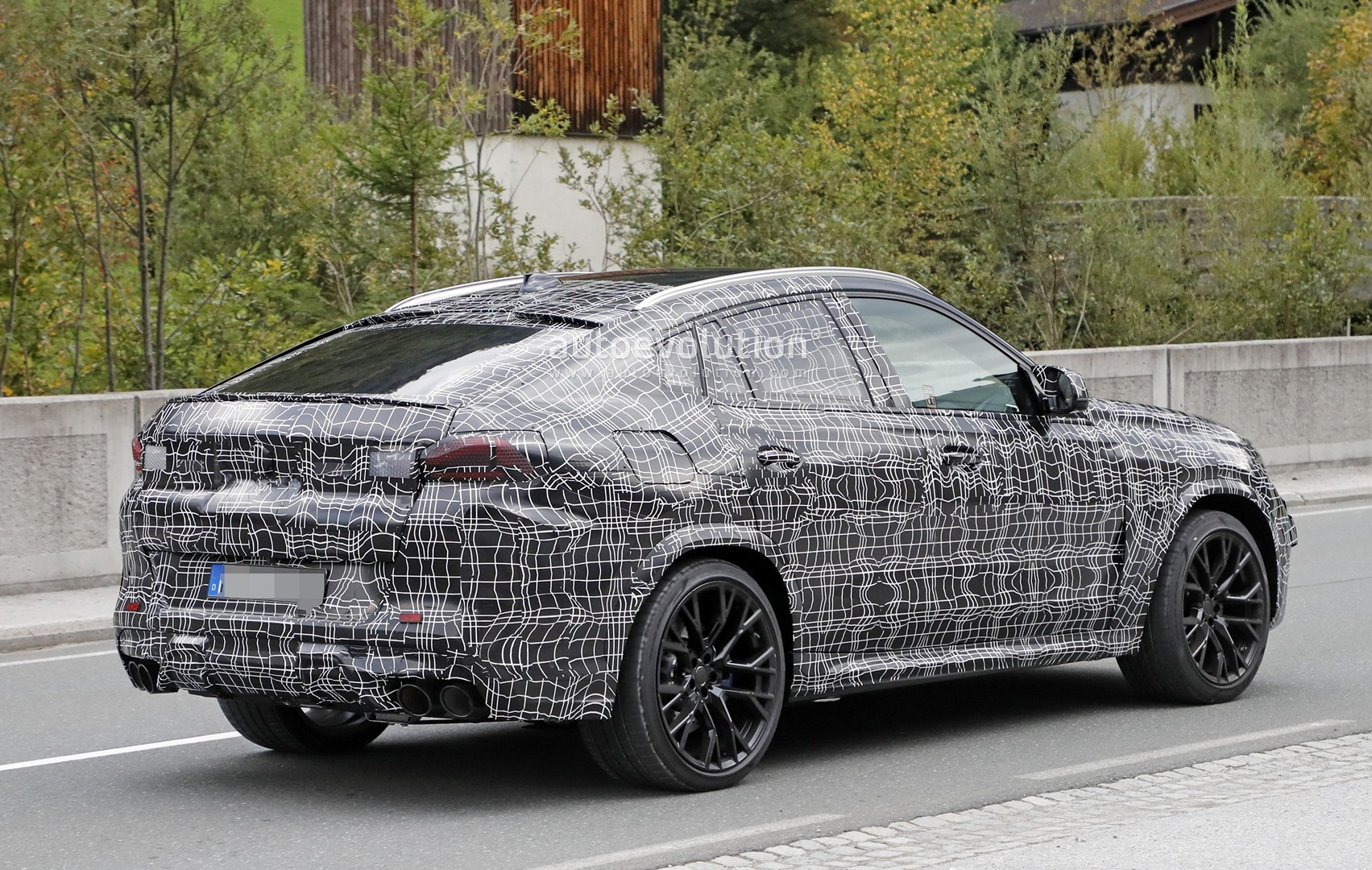 2020 bmw x6 m spied up close and personal autoevolution. Black Bedroom Furniture Sets. Home Design Ideas