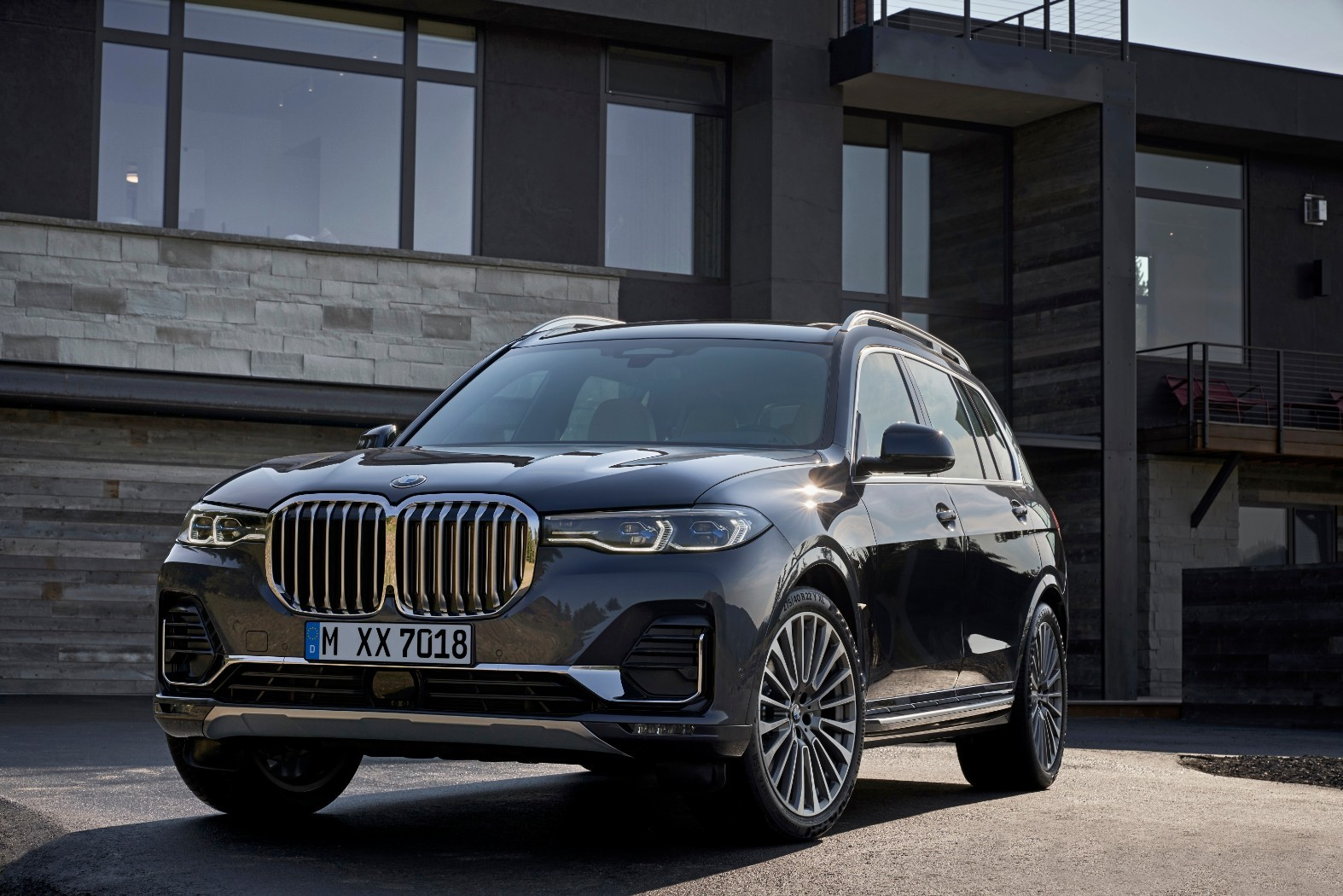 Bmw X7 Configurator Launched In Germany M50d Starts At