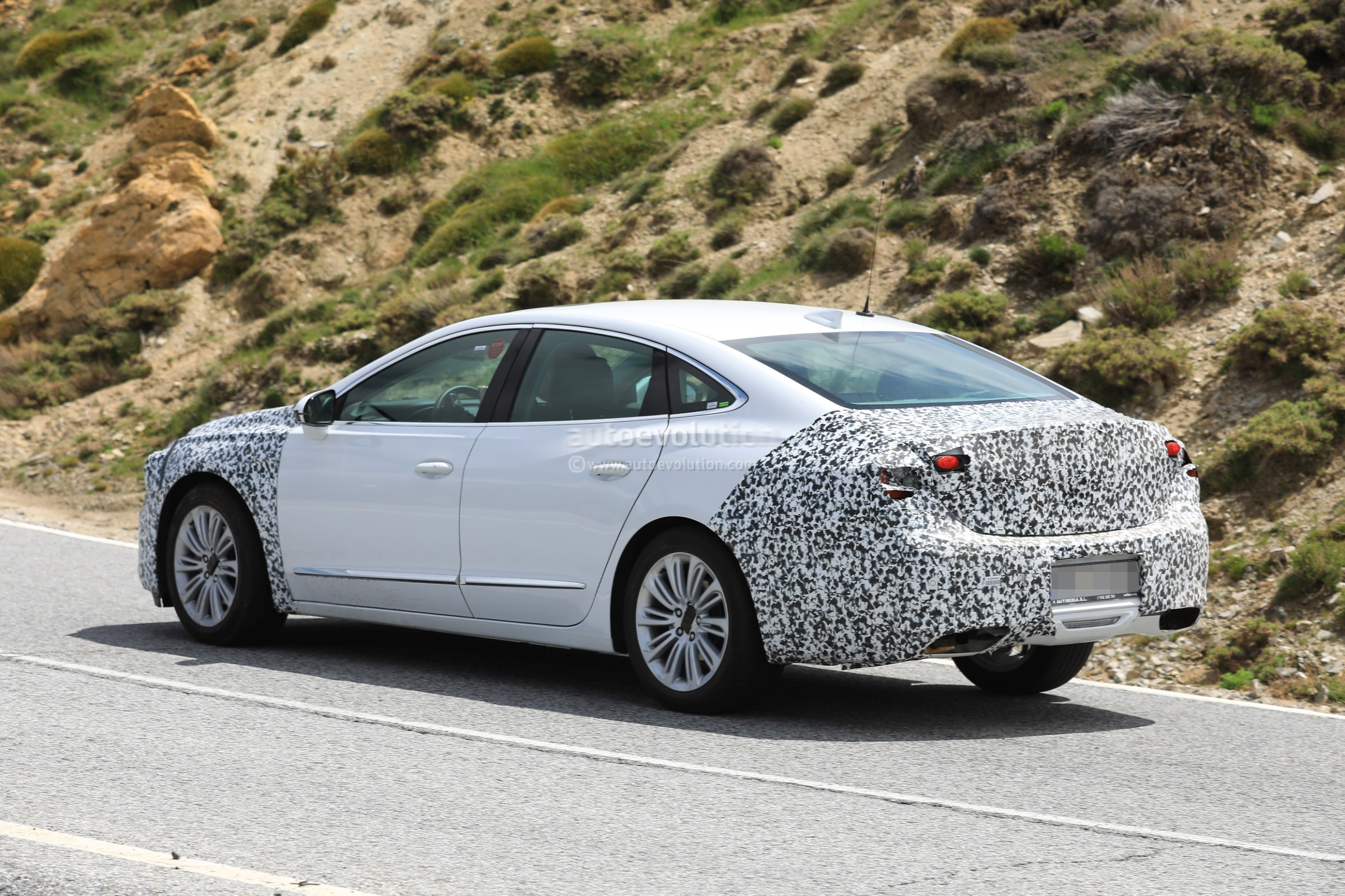 2020 Buick LaCrosse Facelift Canceled From U.S. Lineup ...