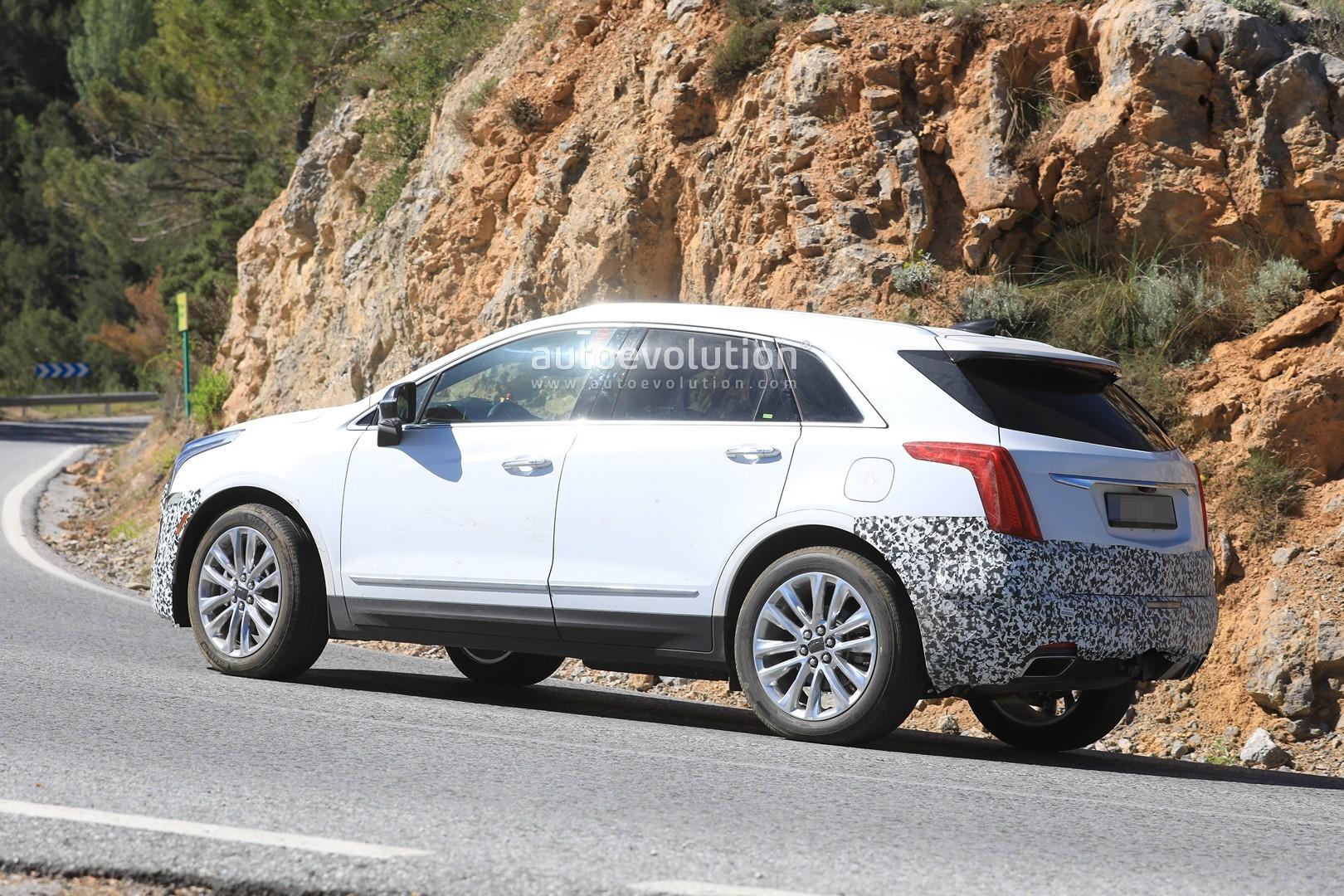 Spyshots: 2020 Cadillac XT5 Facelift Prototype Caught in ...