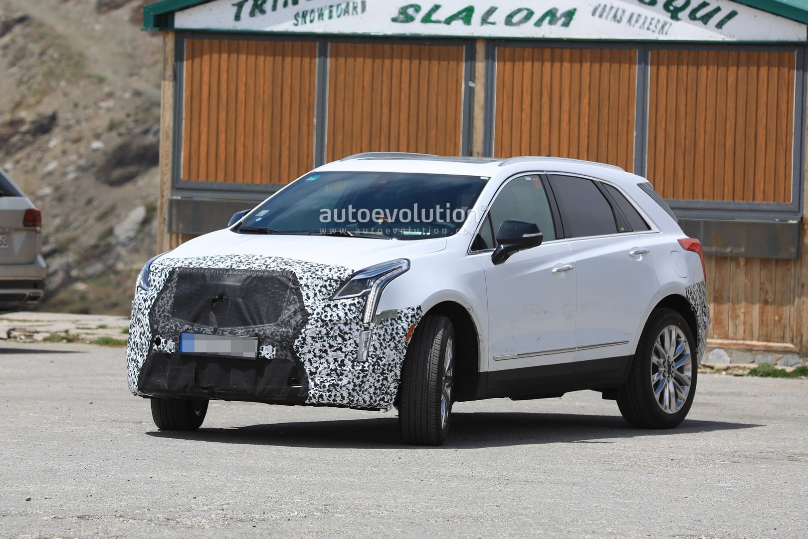 Cadillac Xt Facelift Prototype Spied In Europe on Cadillac 500 Engine Build