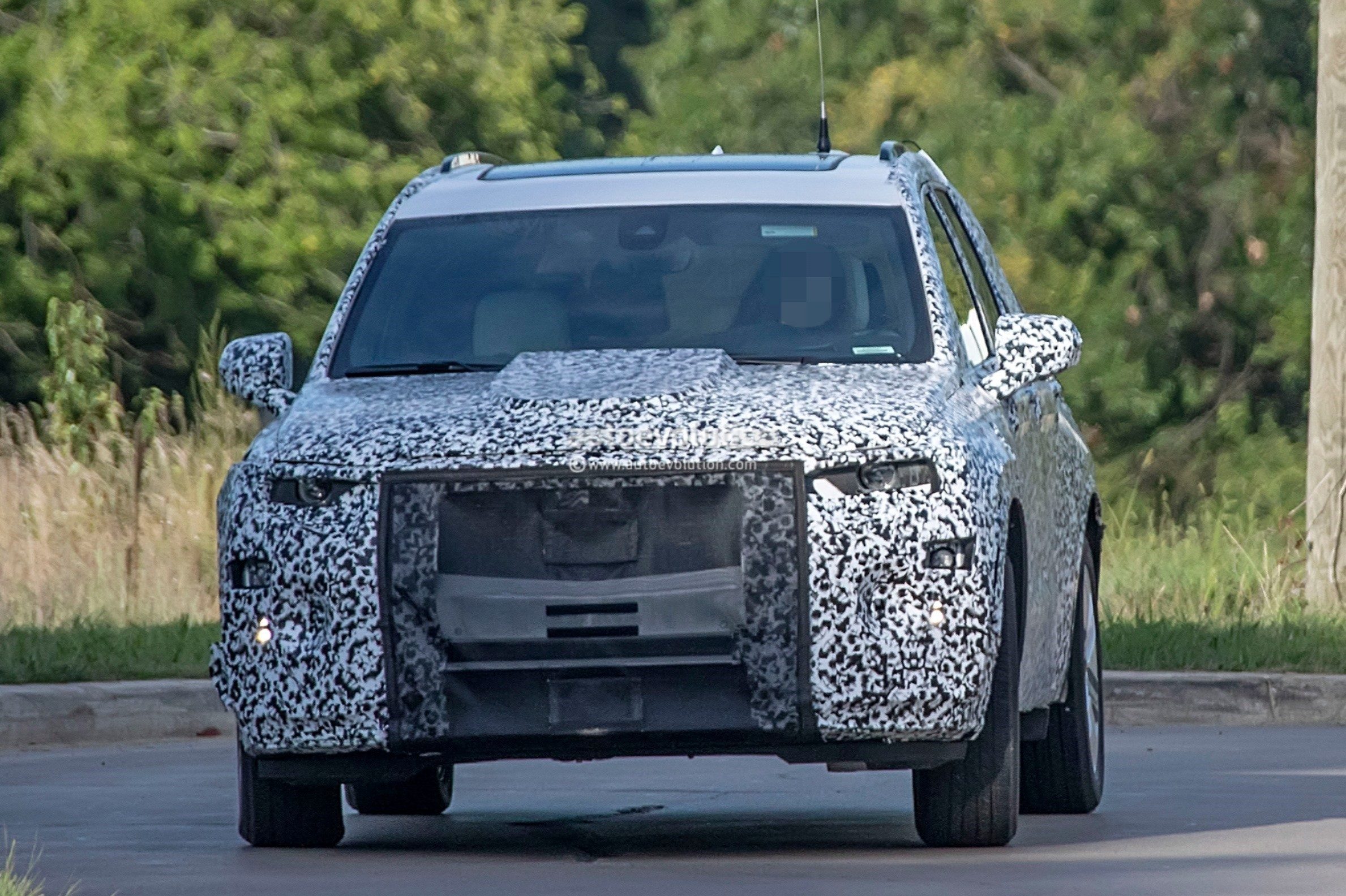 2020 Cadillac XT6 Spied With Seating For Seven People