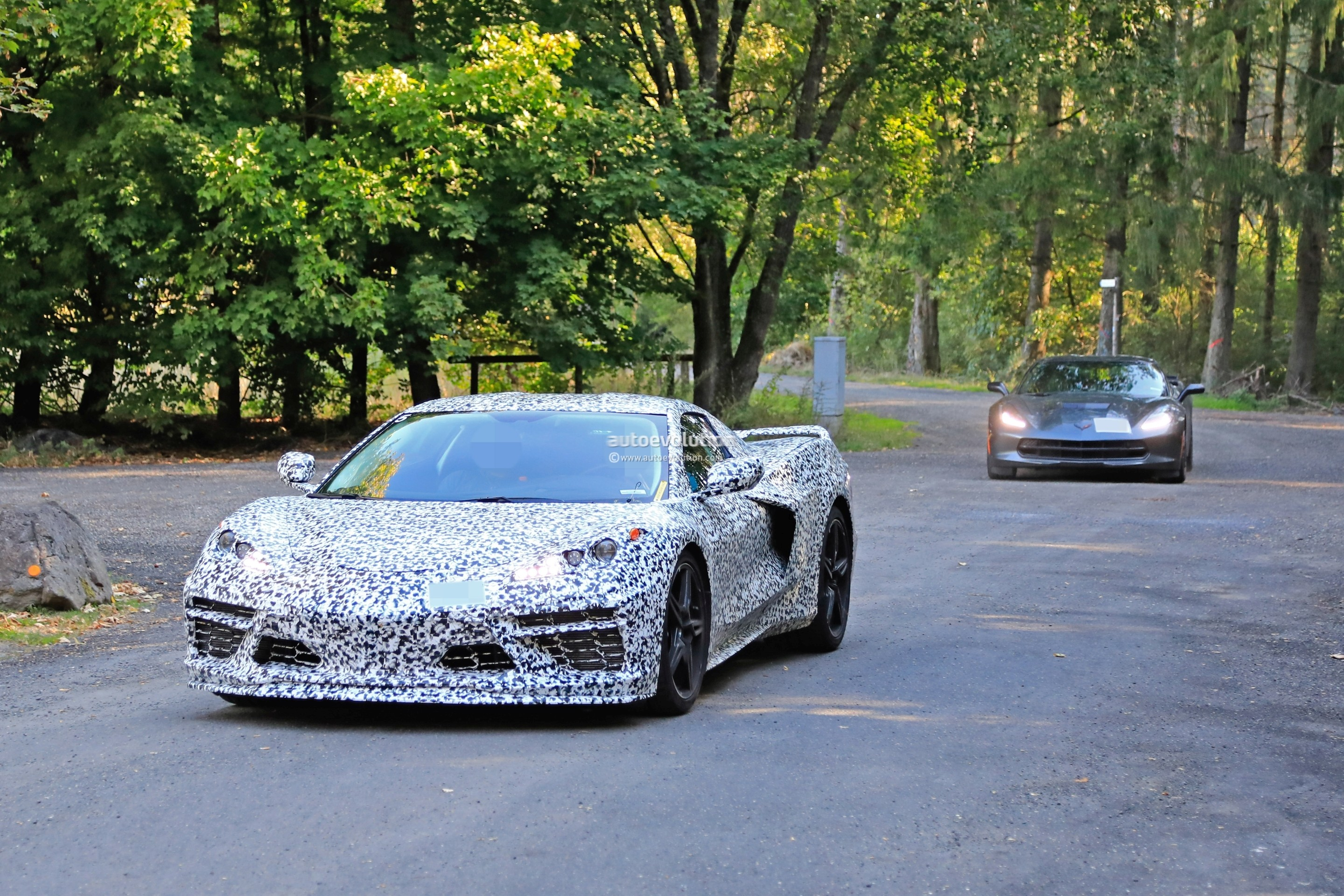2020 Chevrolet Corvette Spied Testing with C7 at ...