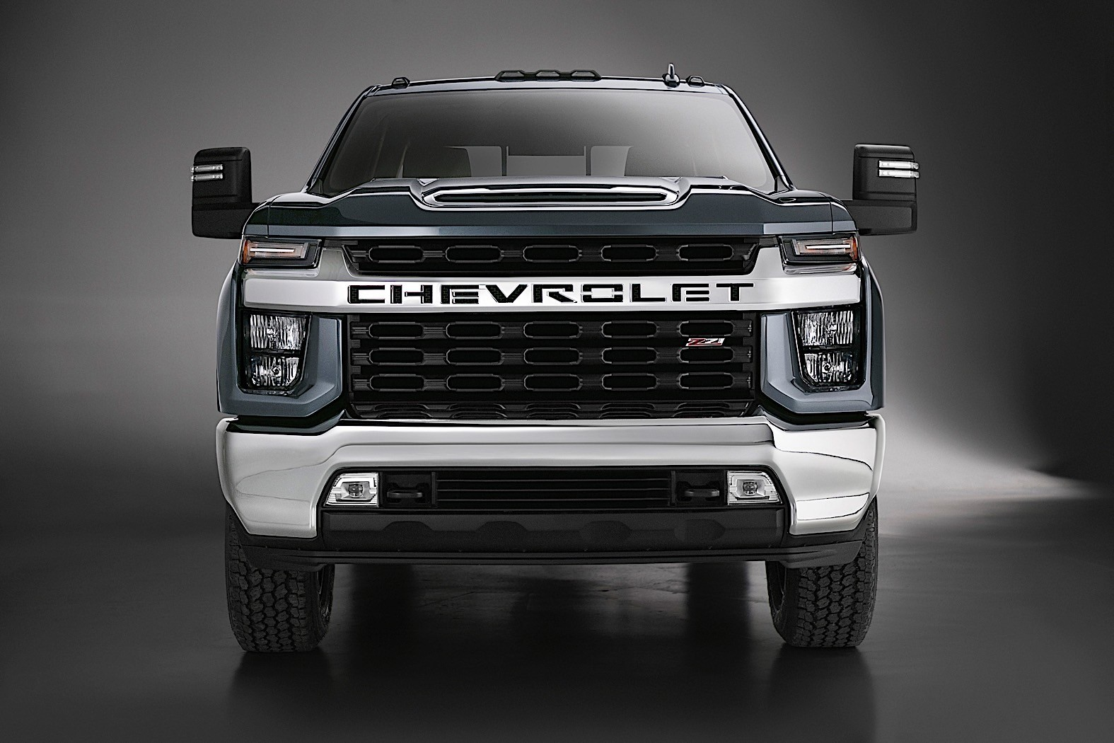 2020 Chevrolet Silverado HD Looks Bling-Bling In High ...