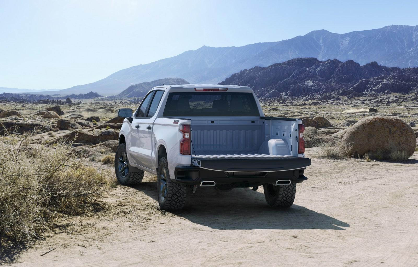2020 Chevrolet Silverado HD Looks Massive In First Teaser ...