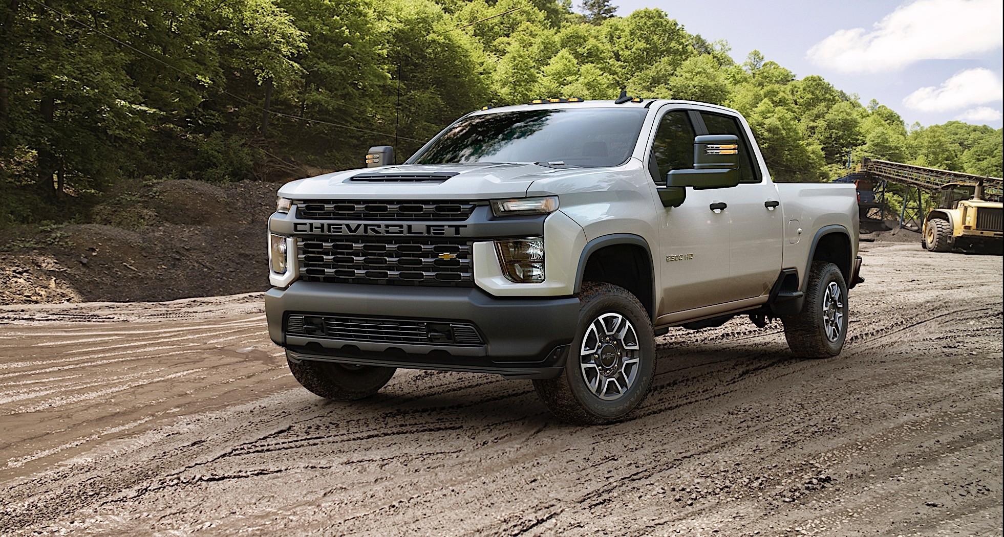 2020 Chevrolet Silverado HD Shows Bad Boy Style in New Gallery - autoevolution