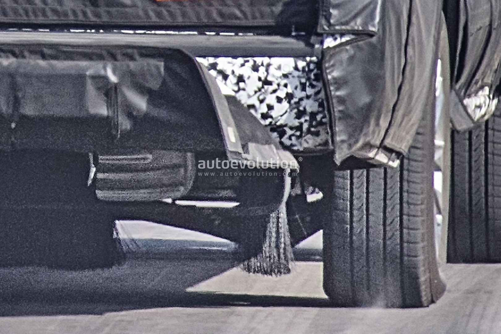 2020 Chevy Suburban Spyshots Reveal New Independent Rear