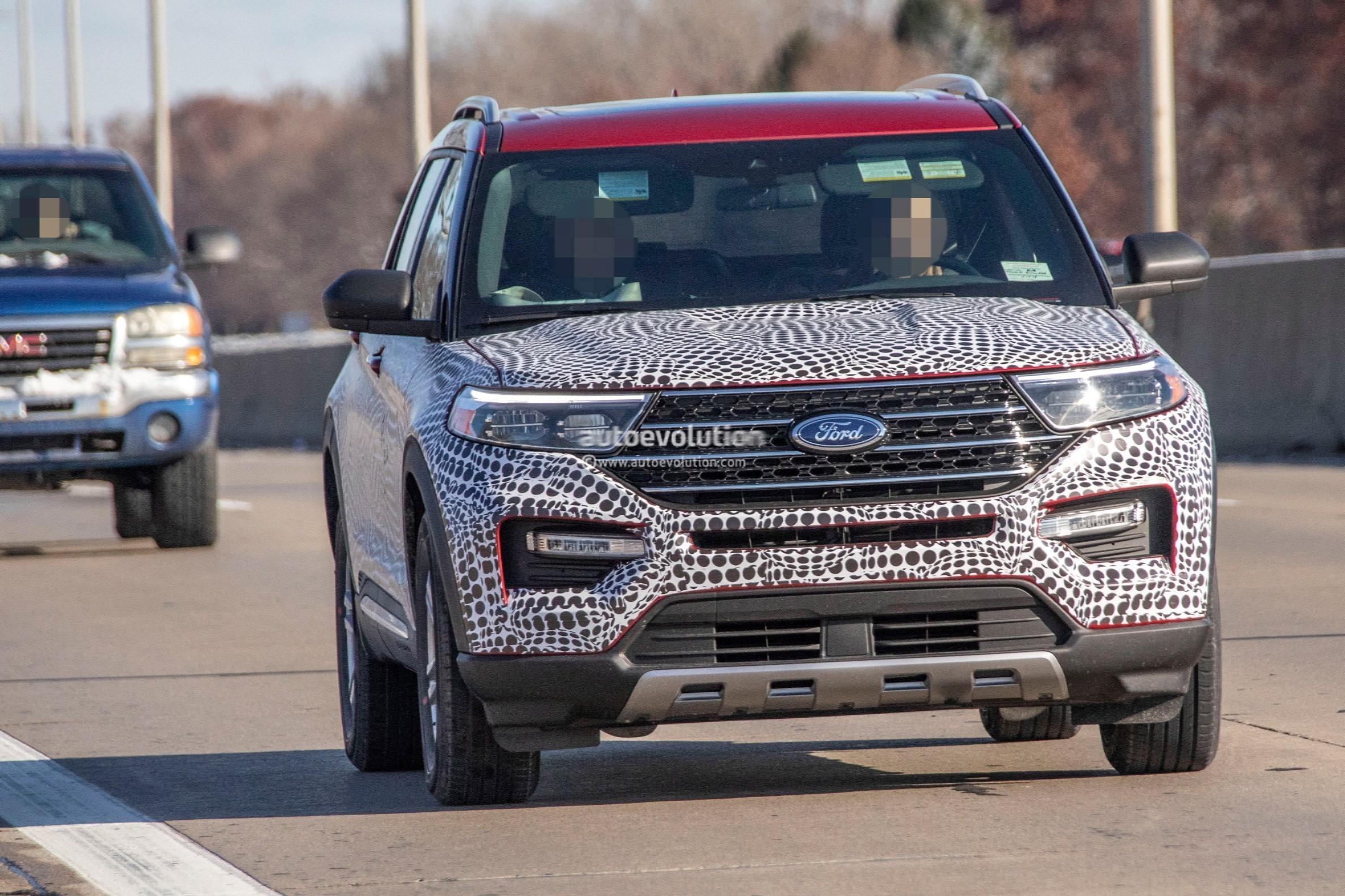 2020 Ford Explorer Looks Plasticky In Most Revealing Spy ...