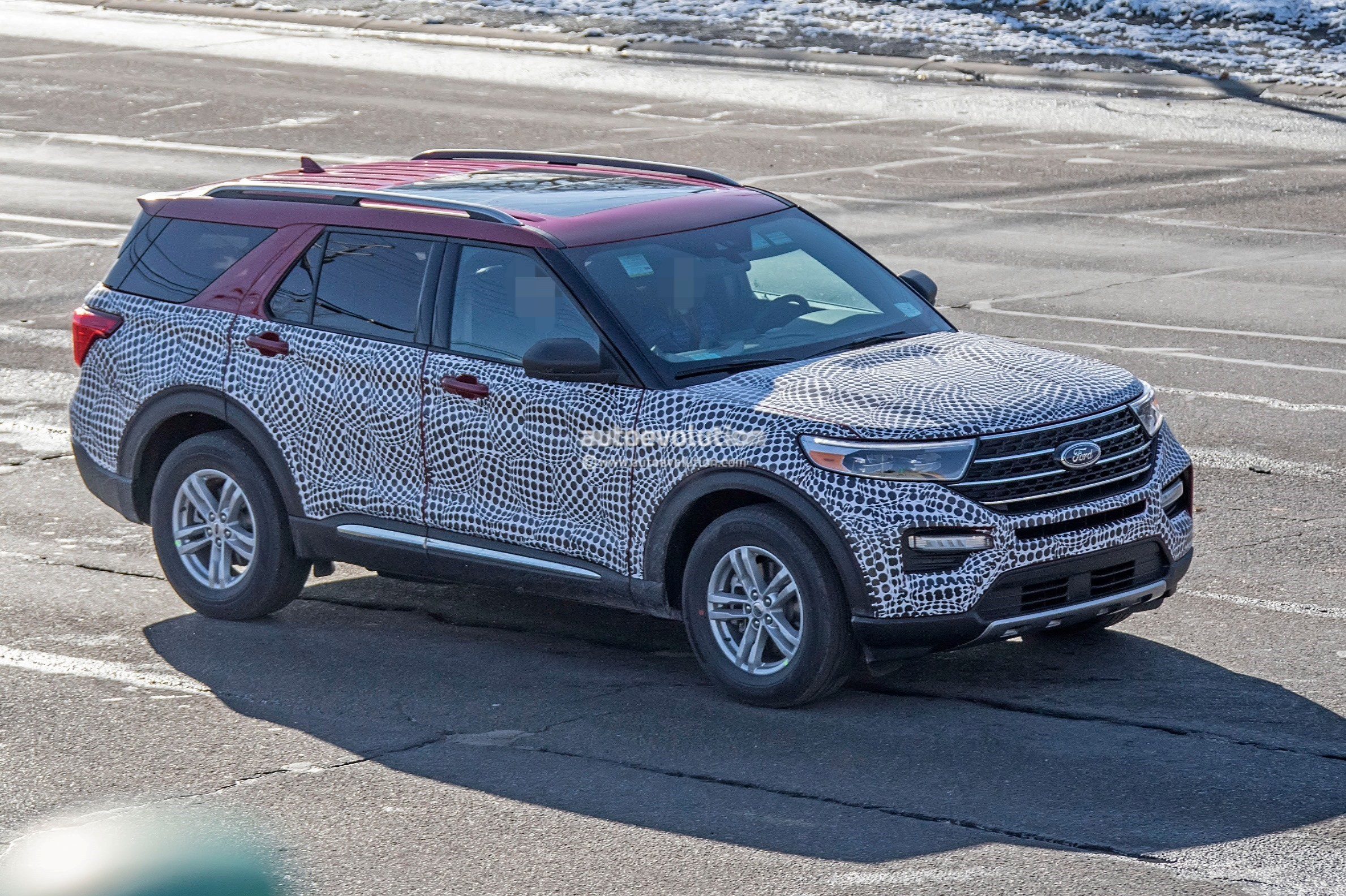 2020 Ford Explorer Looks Plasticky In Most Revealing Spy ...