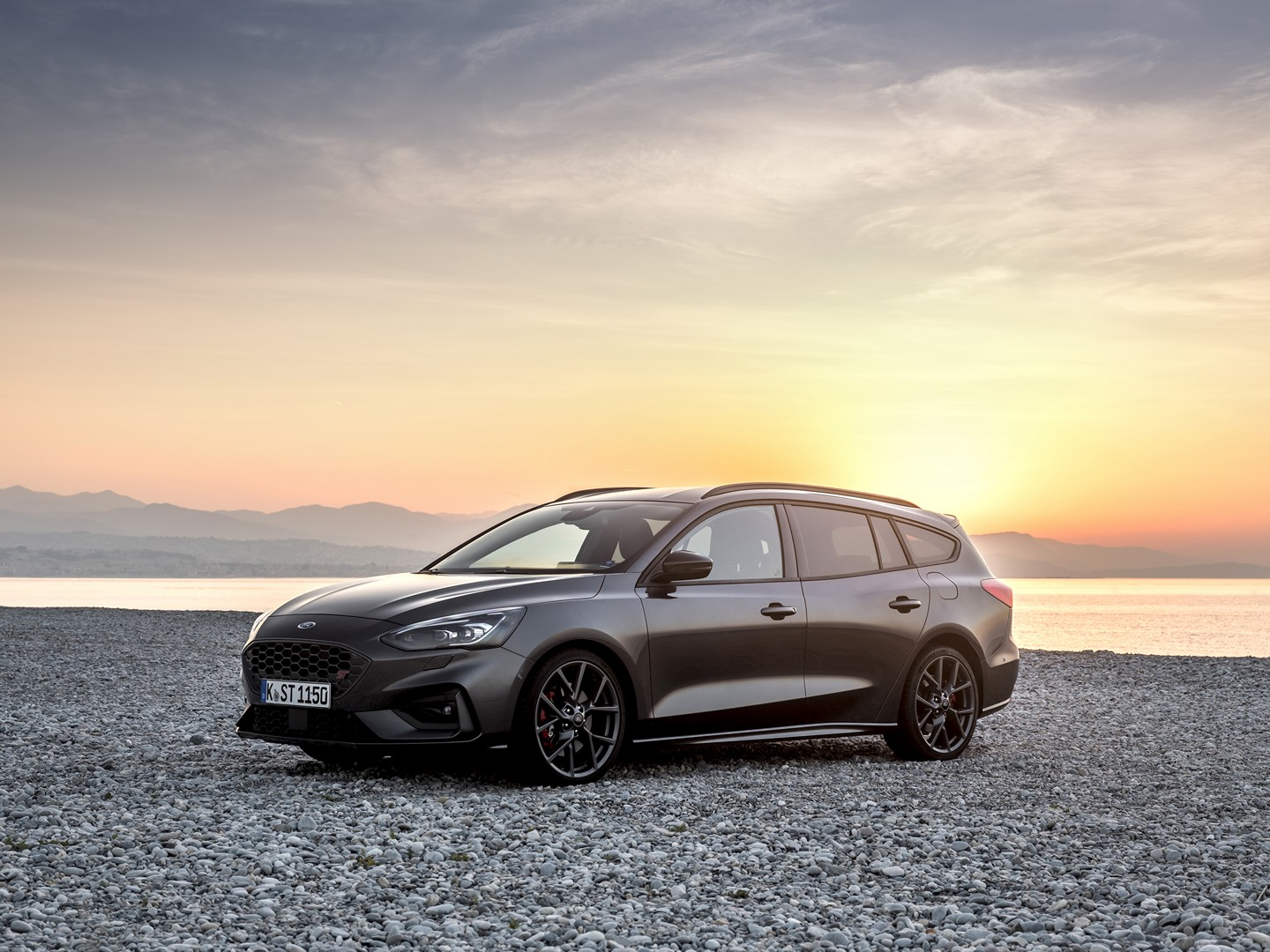 2020 Ford Focus ST Wagon Costs More Than Skoda Octavia RS ...