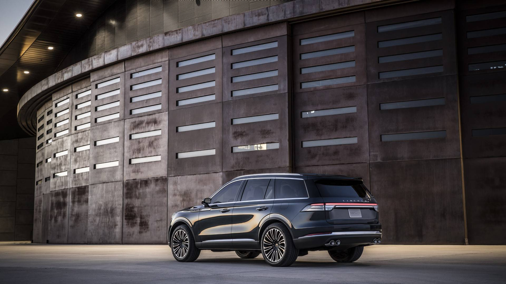2020 Ford Police Interceptor Utility Previews New Explorer ...