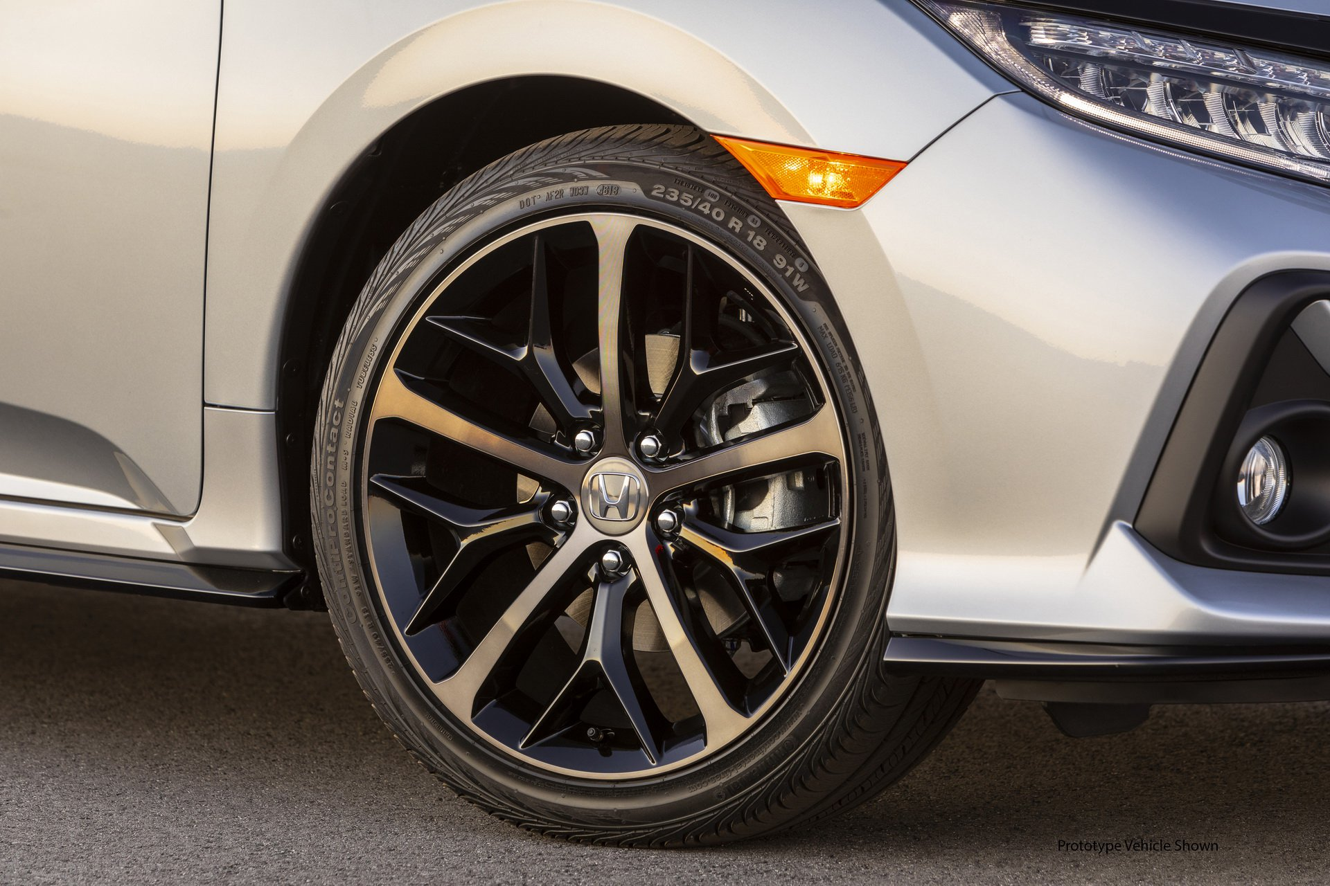 Honda Civic Hatchback Now Offers Manual Transmission on Its Highest Trim