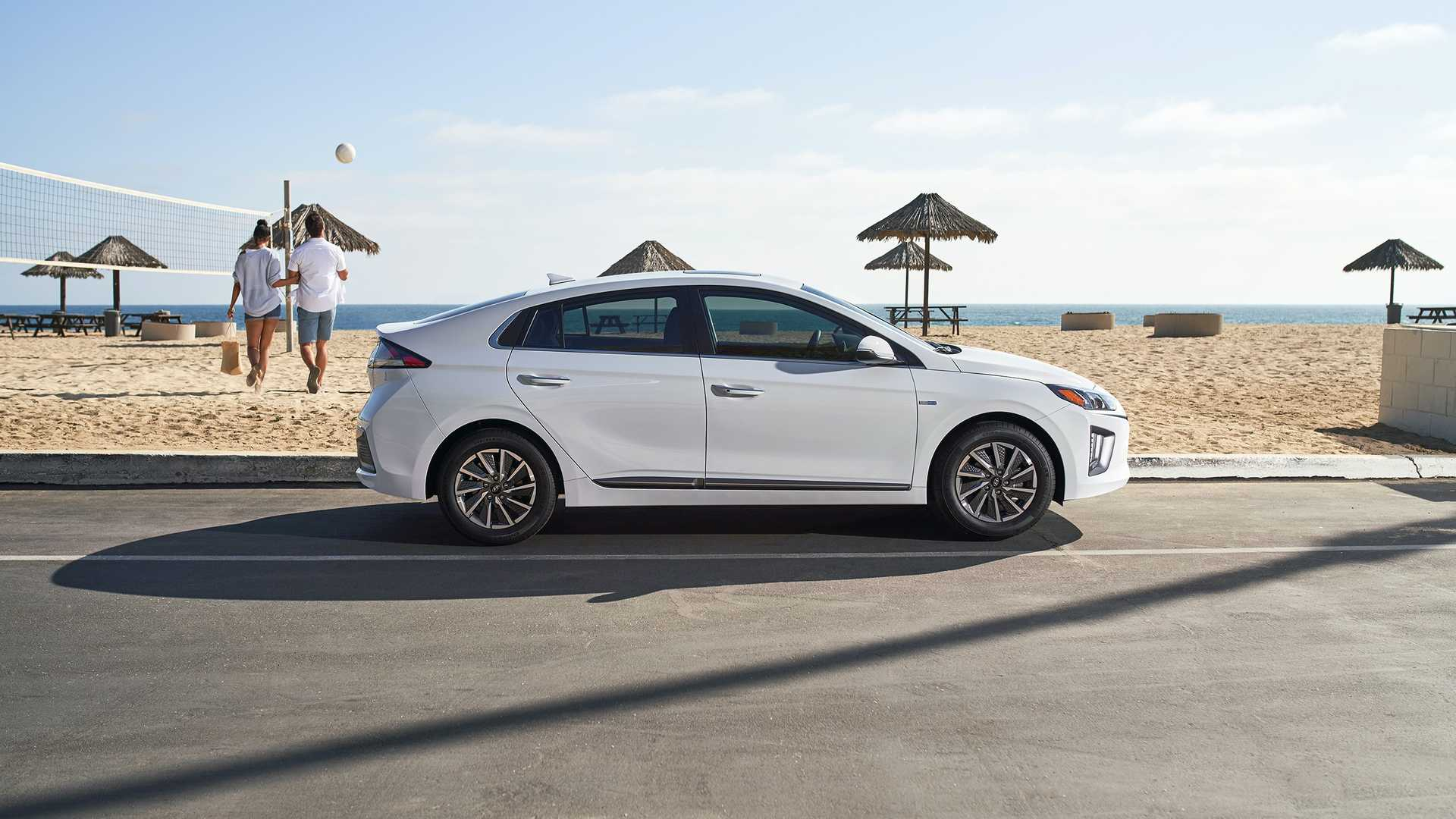 2020 hyundai ioniq electric features larger battery, 170