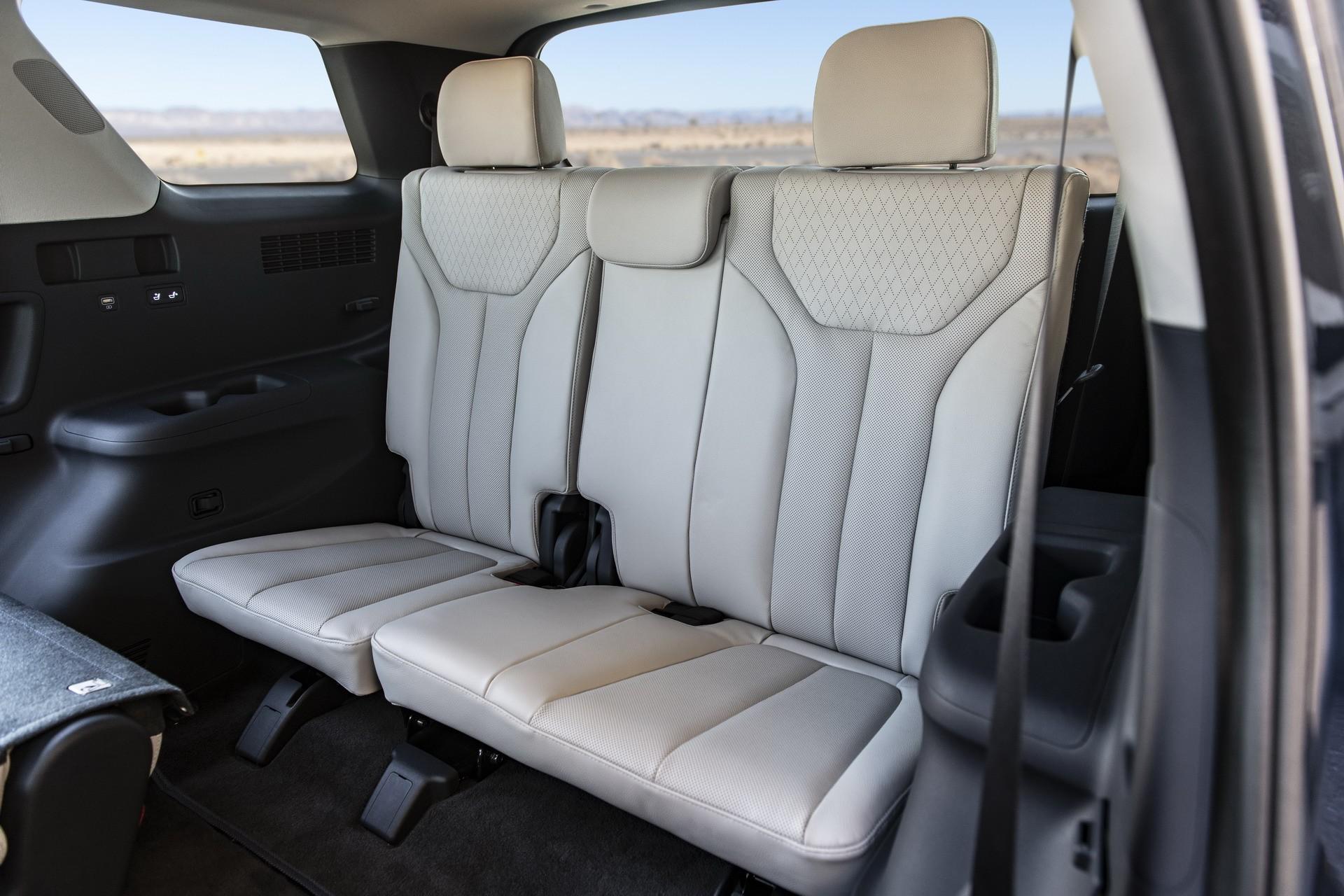 2020 Hyundai Palisade Oozes 8-Seat Crossover Luxury