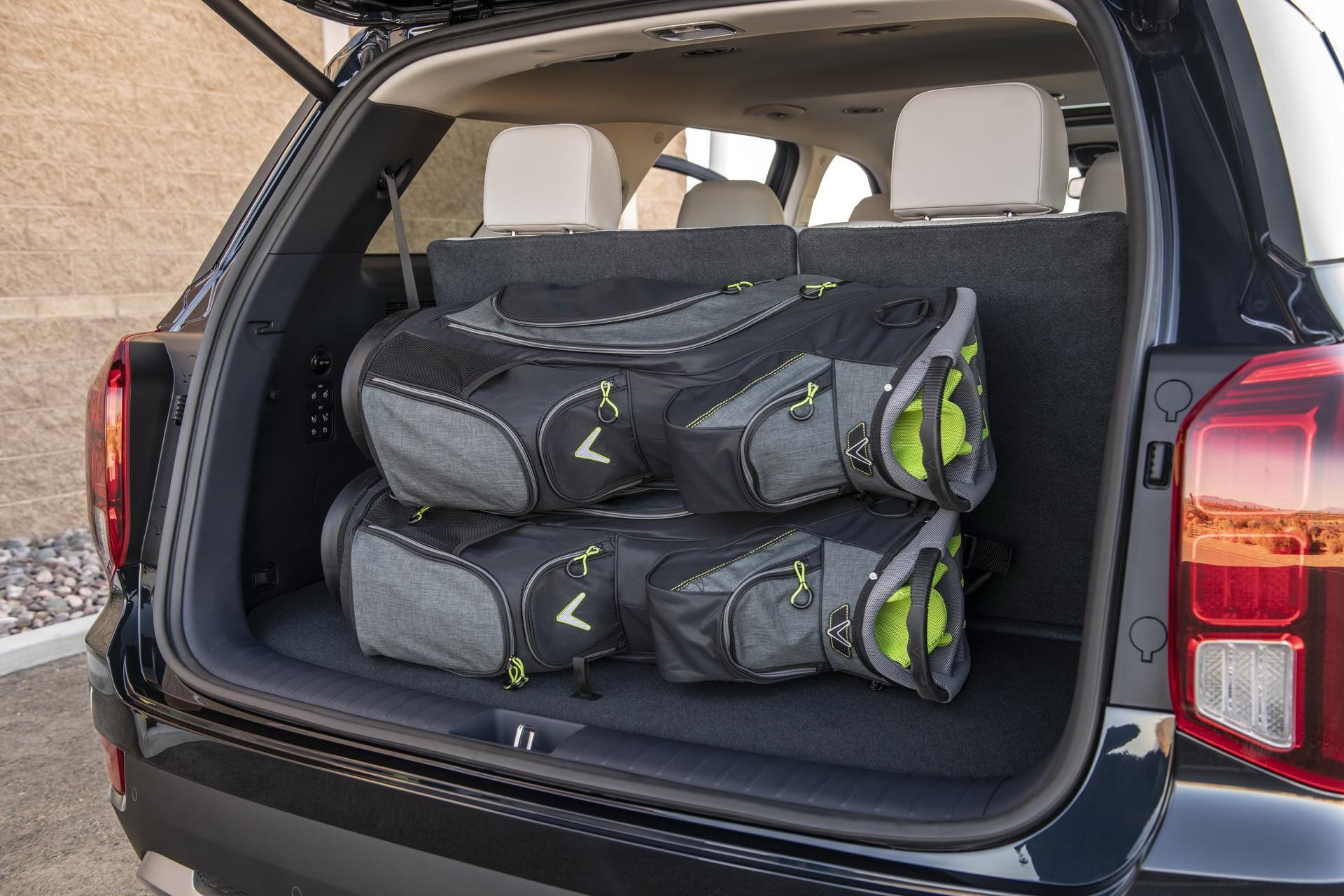 2020 Hyundai Palisade Oozes 8 Seat Crossover Luxury Autoevolution
