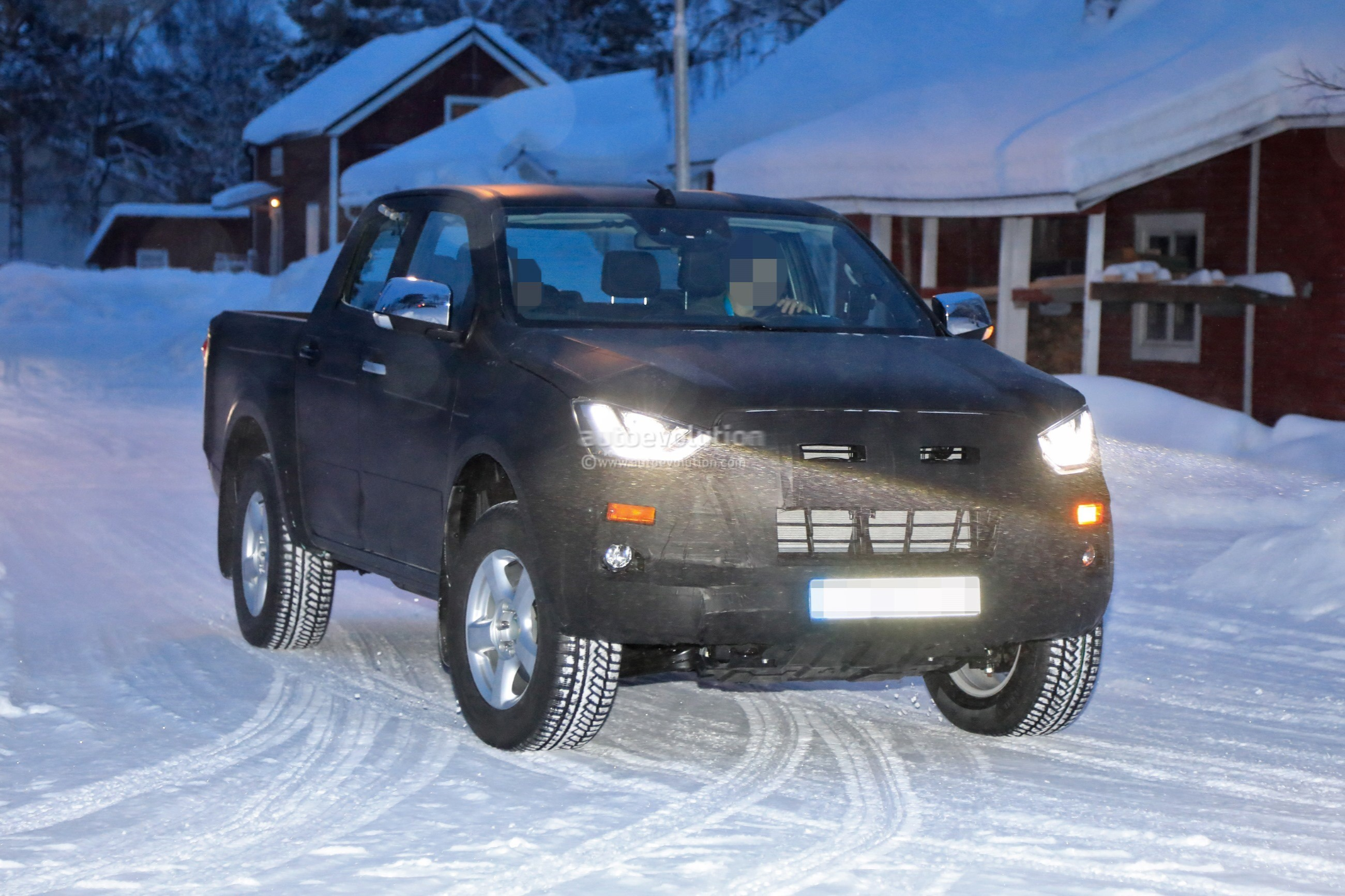 2020 Isuzu D-Max Pickup Truck Spied With Full-LED ...
