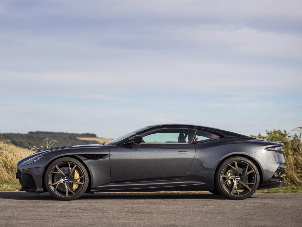 2020 James Bond No Time To Die Will Feature Four Aston